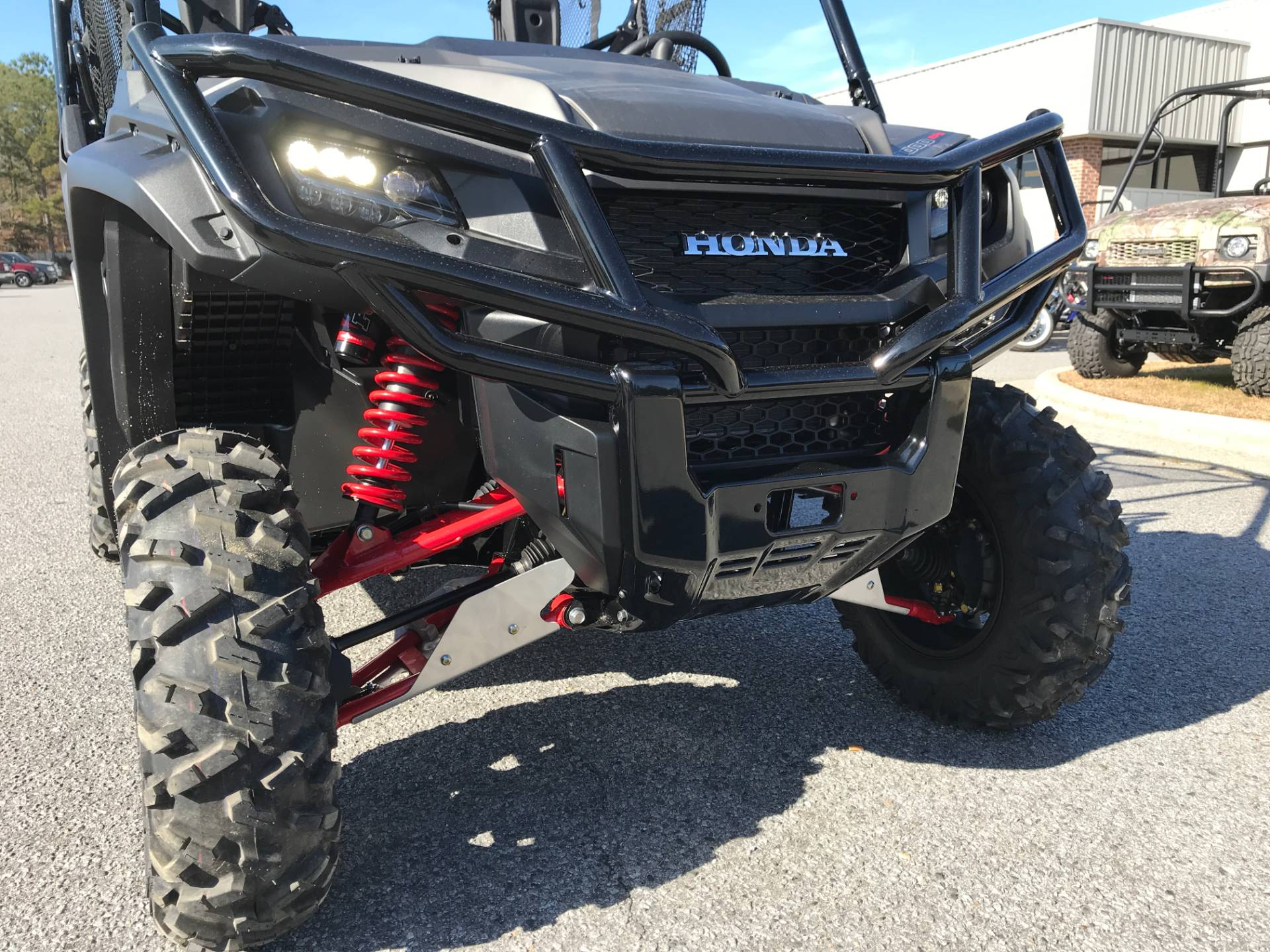 2018 Honda Pioneer 1000-5 LE in Greenville, North Carolina - Photo 15