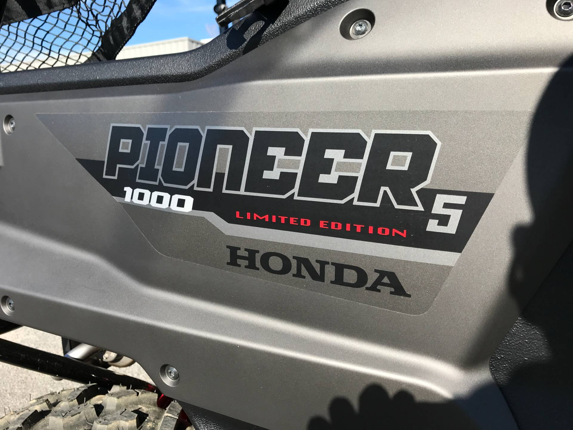 2018 Honda Pioneer 1000-5 LE in Greenville, North Carolina - Photo 18