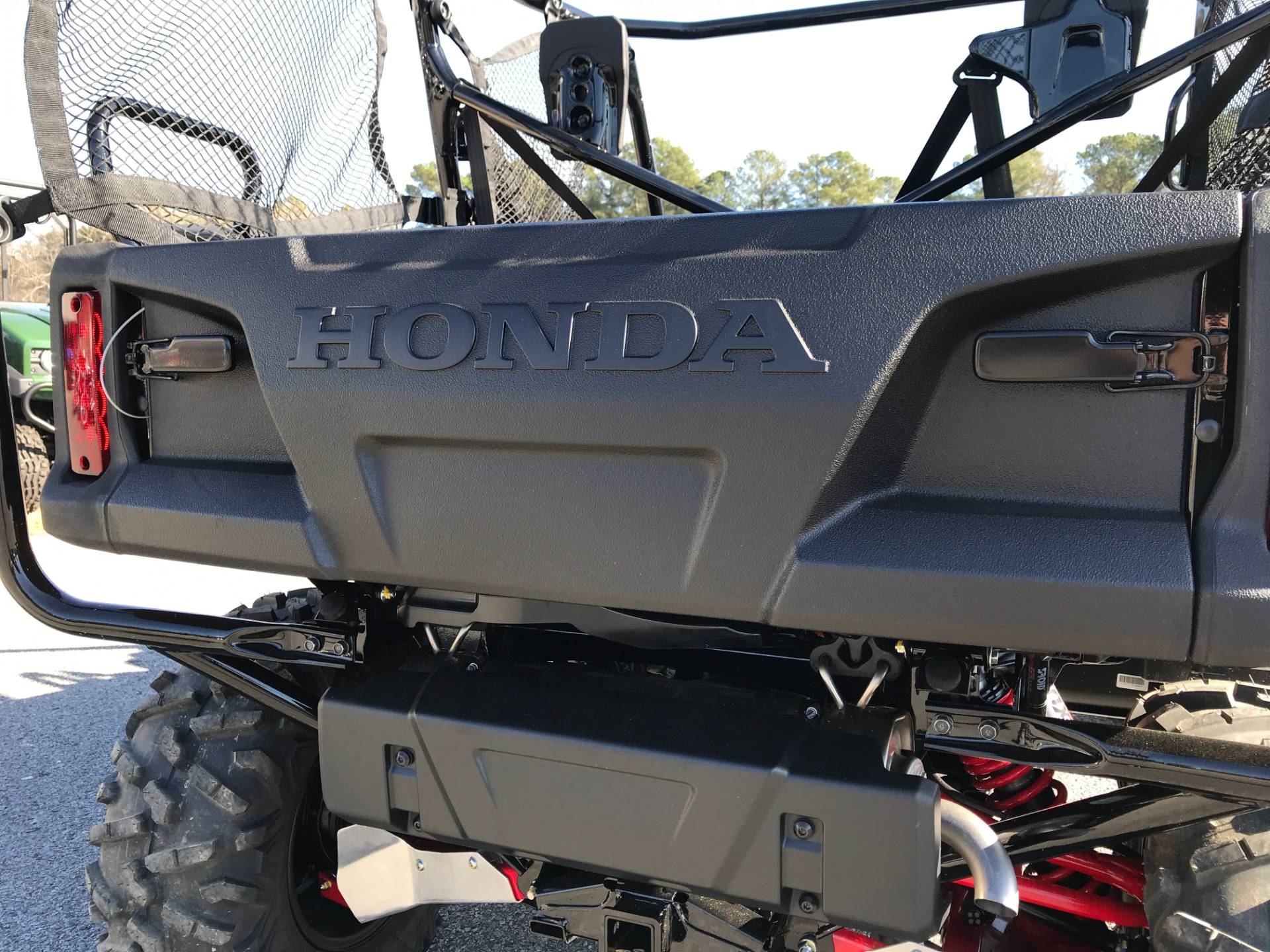 2018 Honda Pioneer 1000-5 LE in Greenville, North Carolina - Photo 19