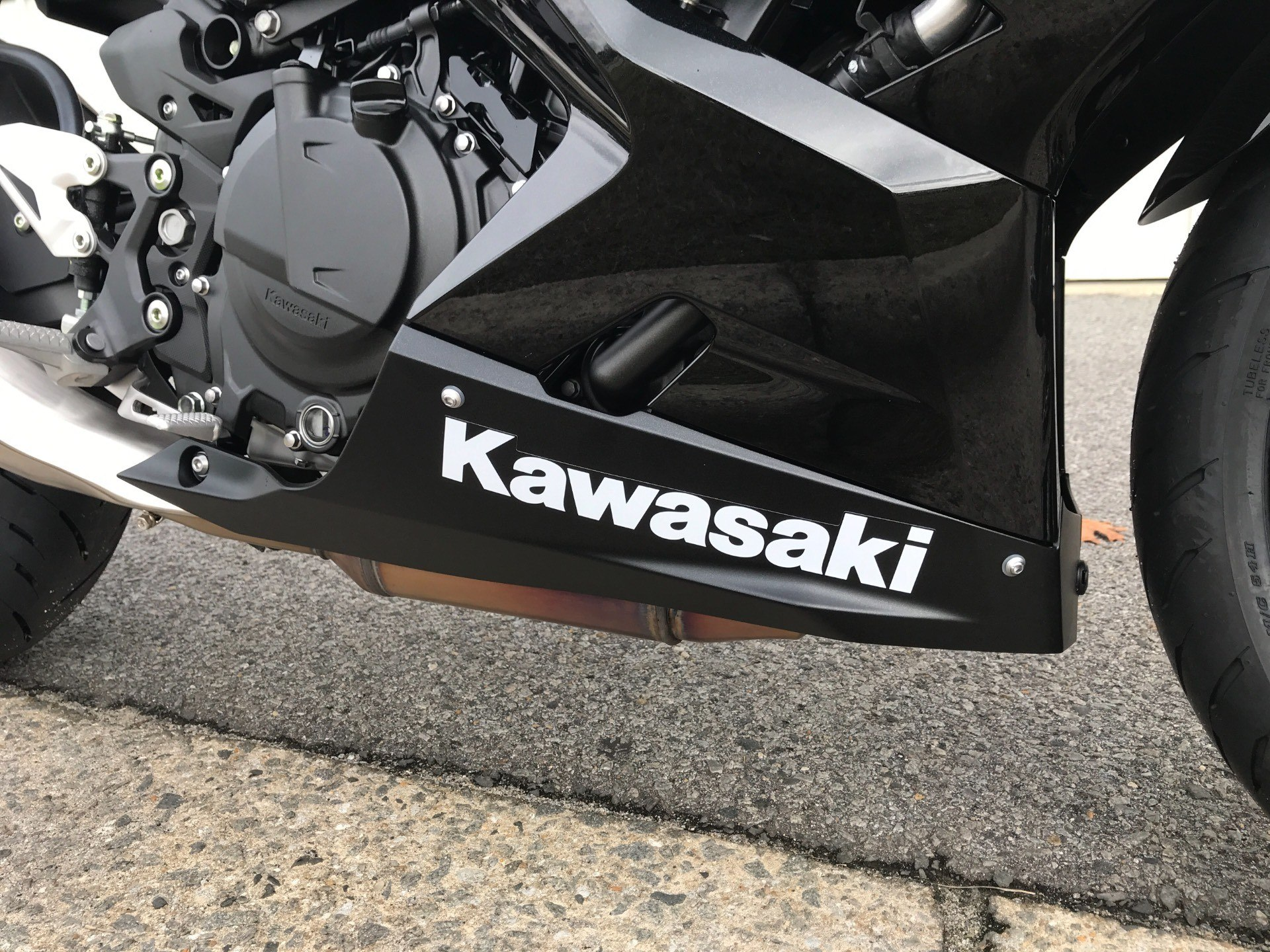 2018 Kawasaki Ninja 400 ABS in Greenville, North Carolina - Photo 15