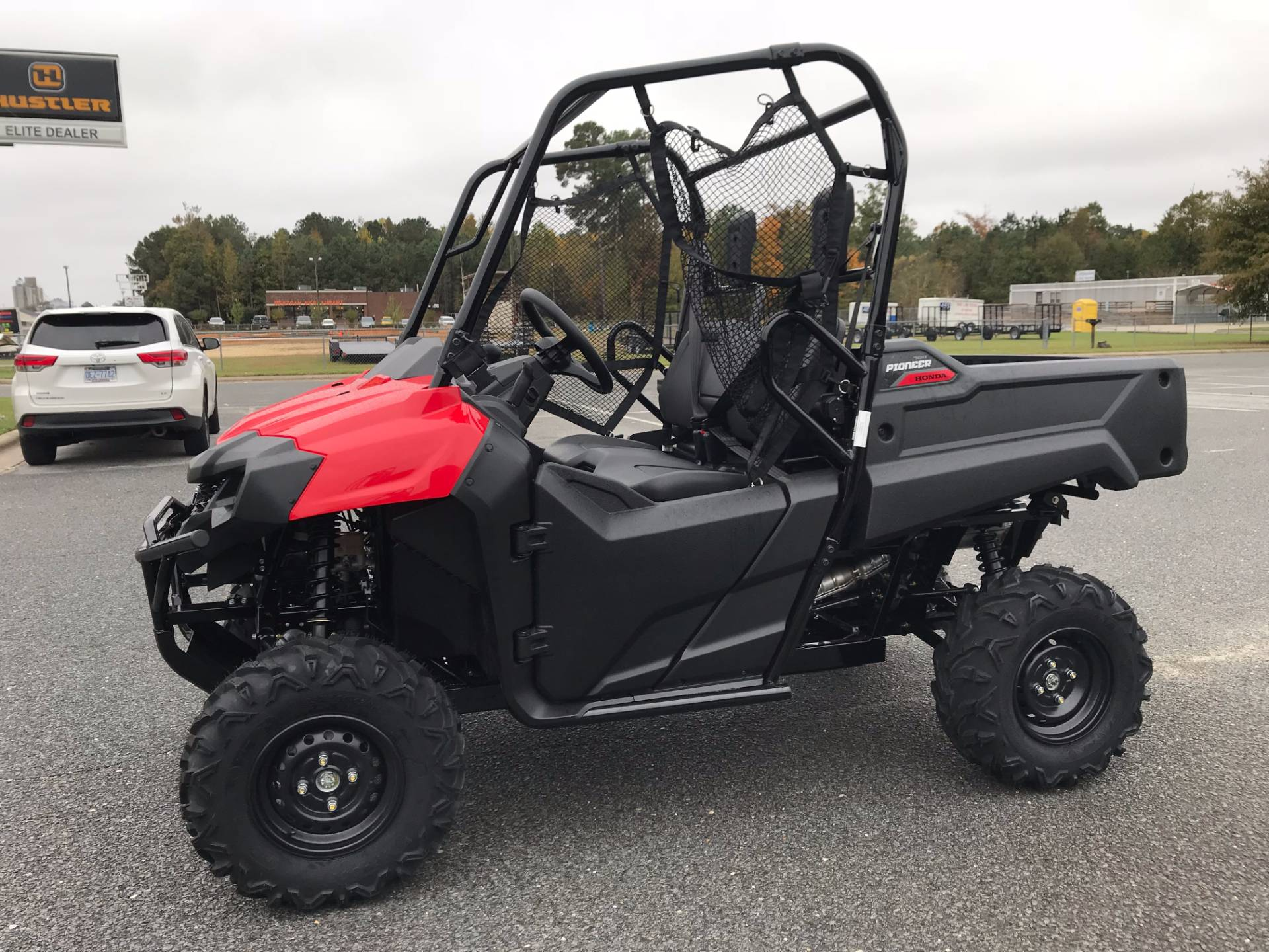 2018 Honda Pioneer 700 in Greenville, North Carolina - Photo 7
