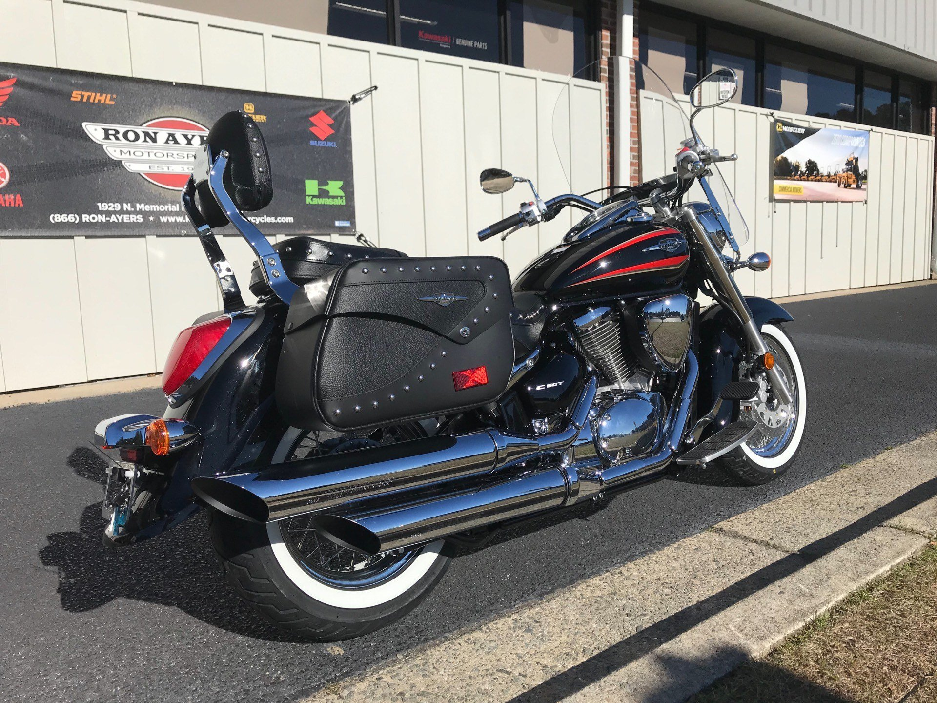 2019 Suzuki Boulevard C50T in Greenville, North Carolina - Photo 10