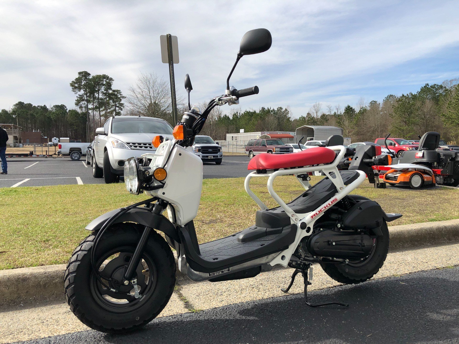 2018 Honda Ruckus in Greenville, North Carolina - Photo 6
