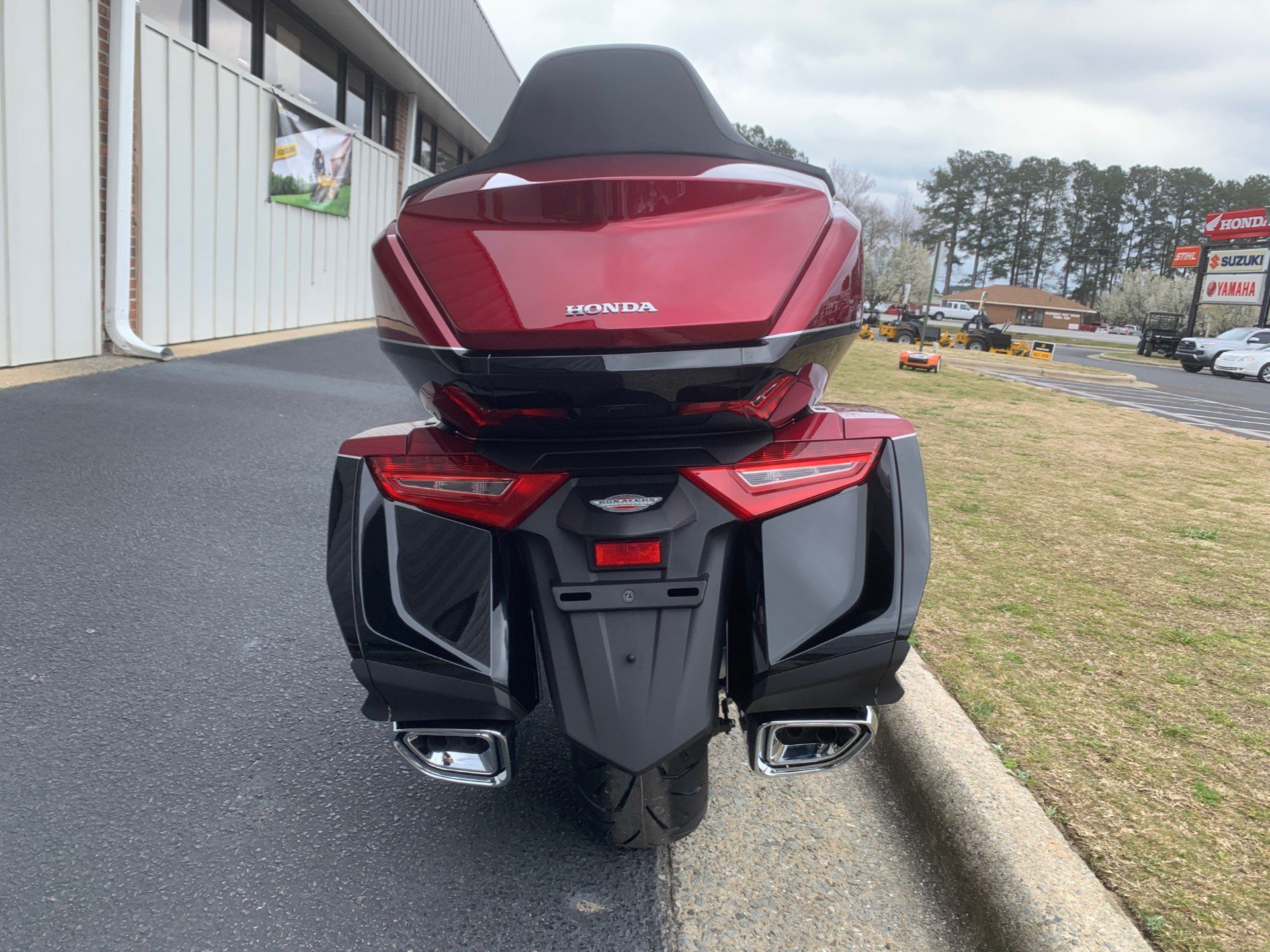 2020 Honda Gold Wing Tour in Greenville, North Carolina - Photo 11