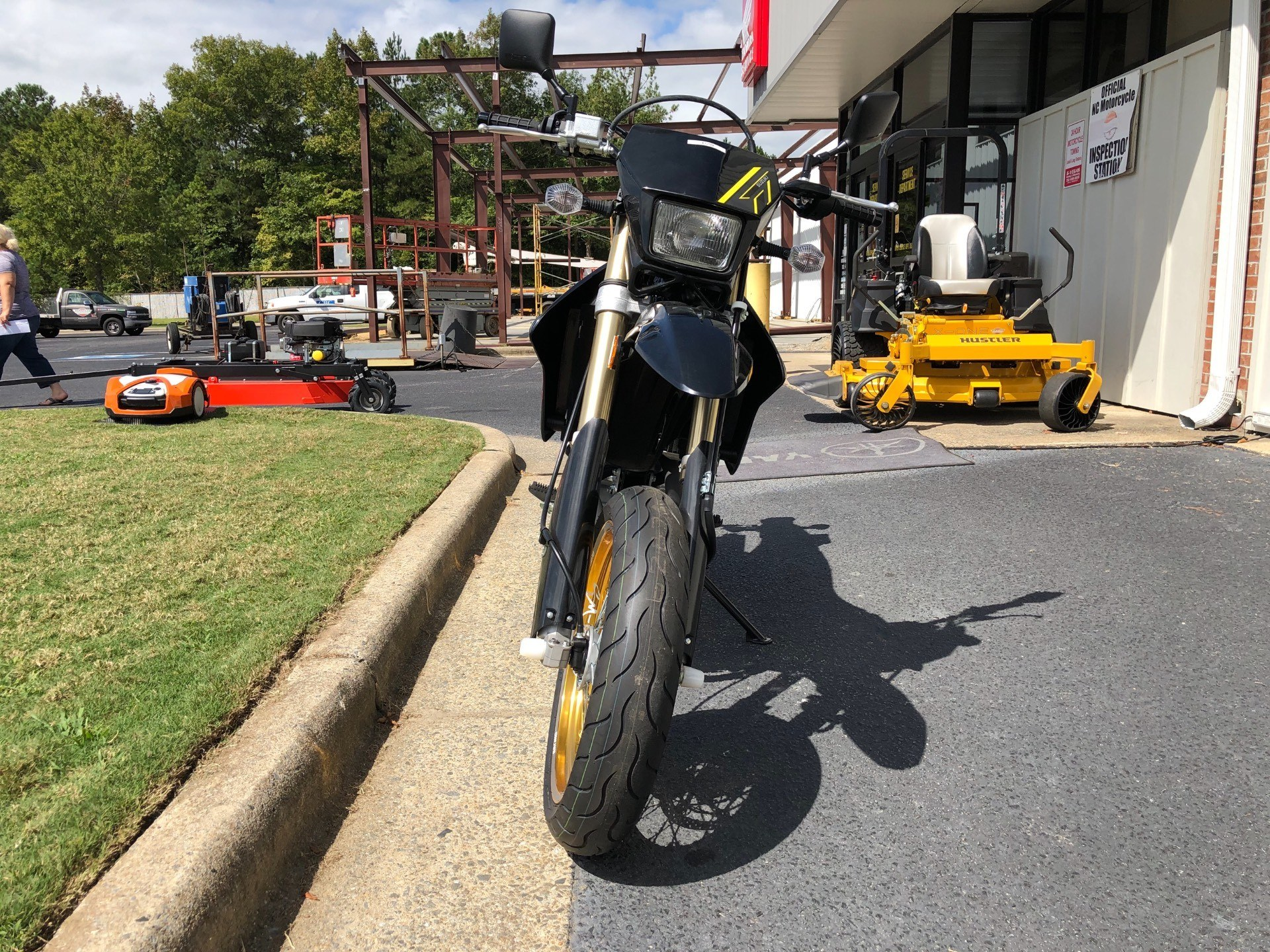 2018 Suzuki DR-Z400SM in Greenville, North Carolina - Photo 4