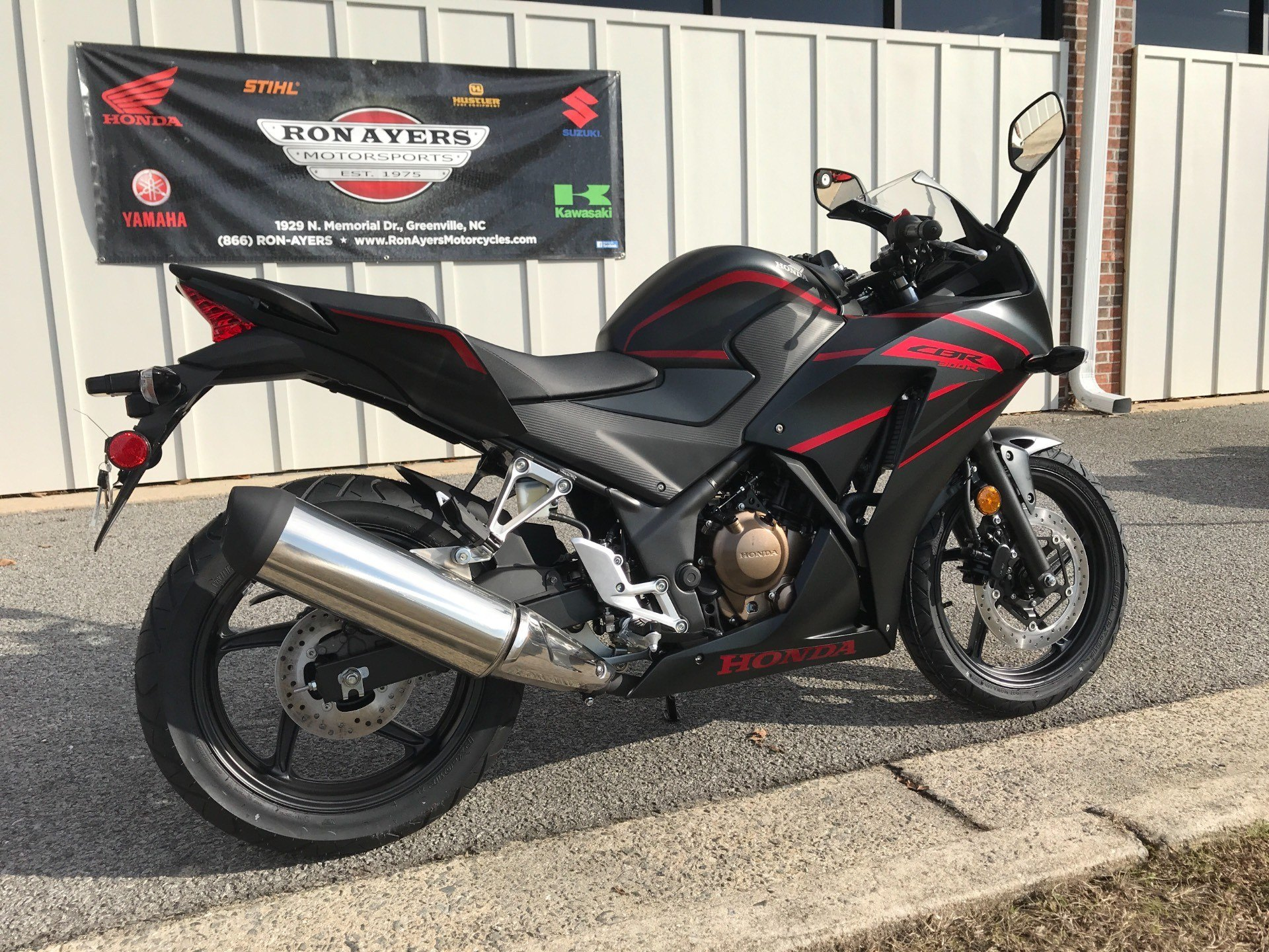 2018 Honda CBR300R in Greenville, North Carolina - Photo 12