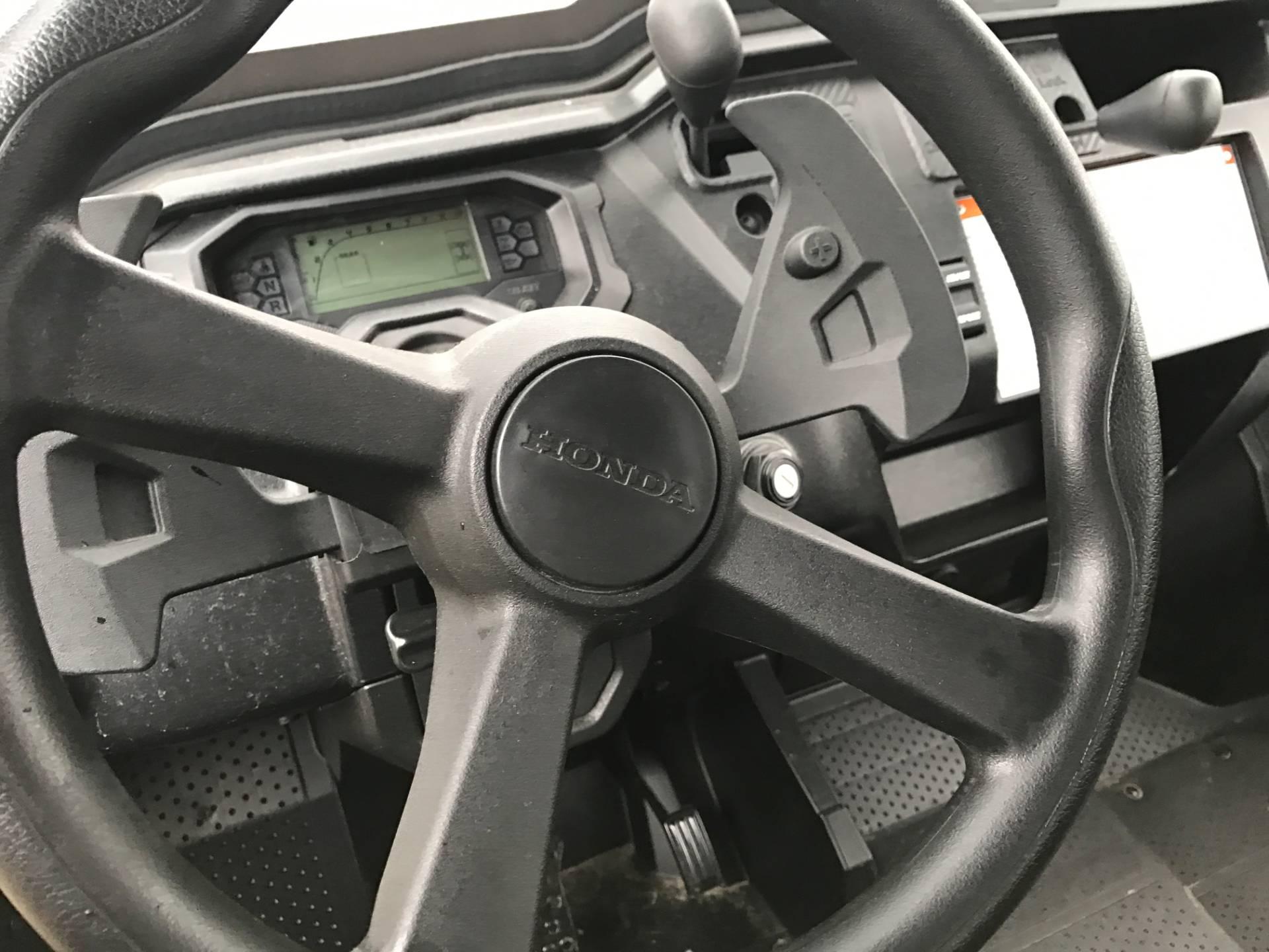 2016 Honda Pioneer 1000-5 Deluxe in Greenville, North Carolina