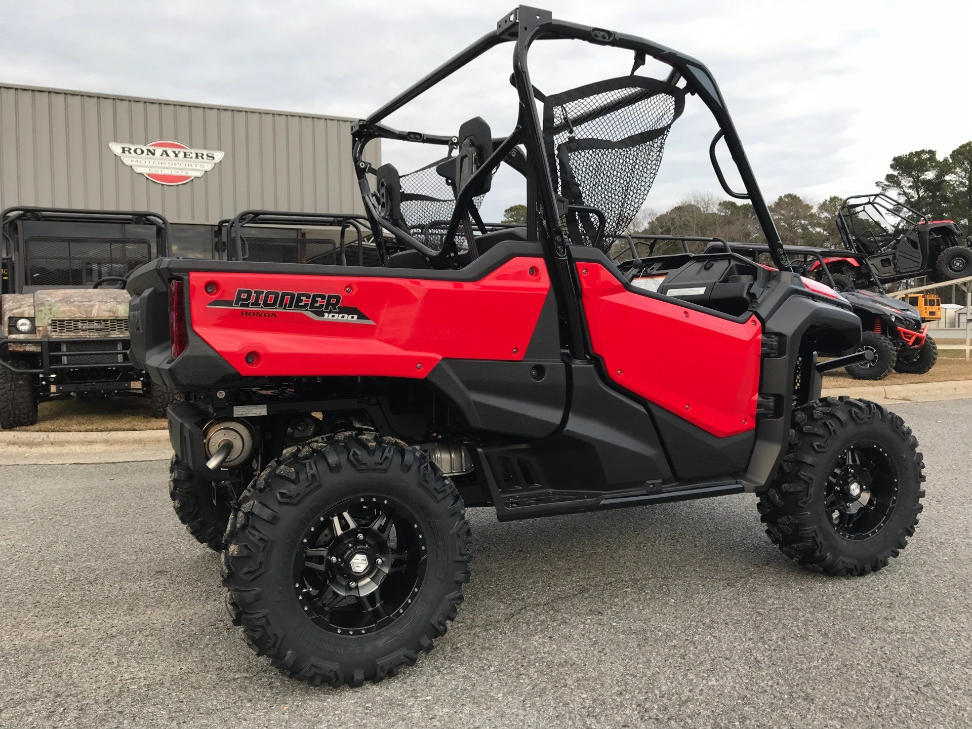 2018 Honda Pioneer 1000 in Greenville, North Carolina