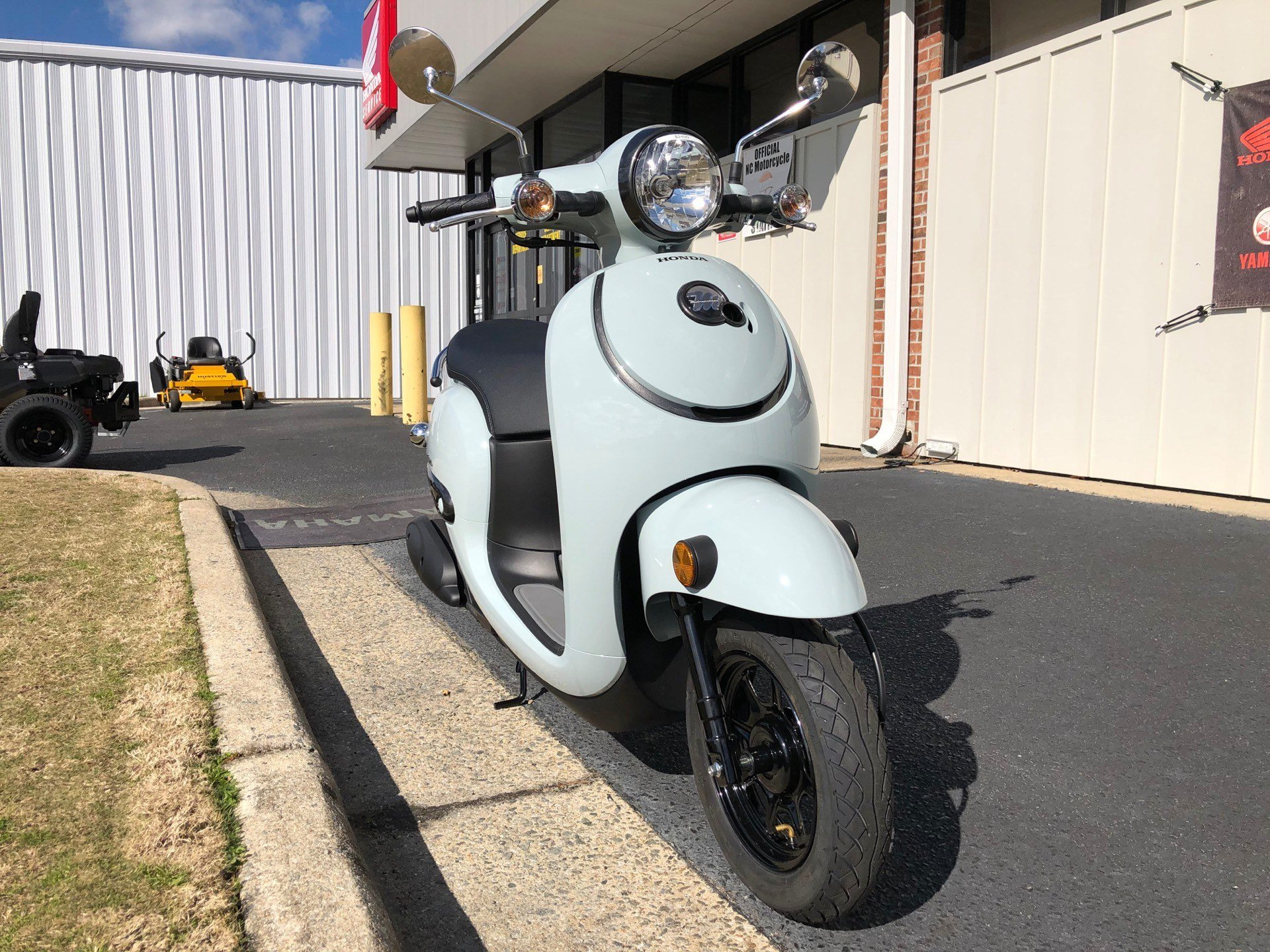 2020 Honda Metropolitan in Greenville, North Carolina - Photo 3