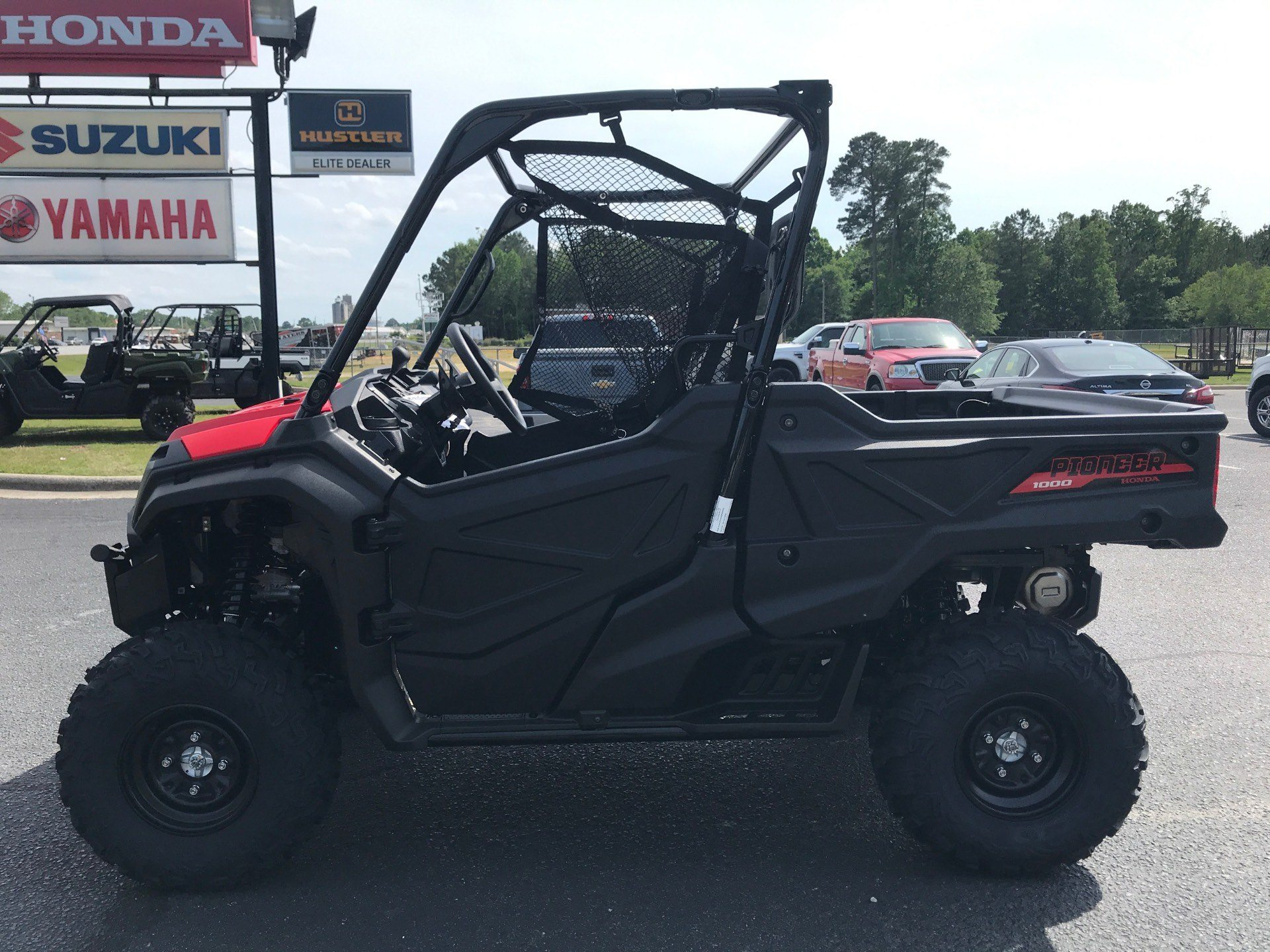 2020 Honda Pioneer 1000 in Greenville, North Carolina - Photo 5