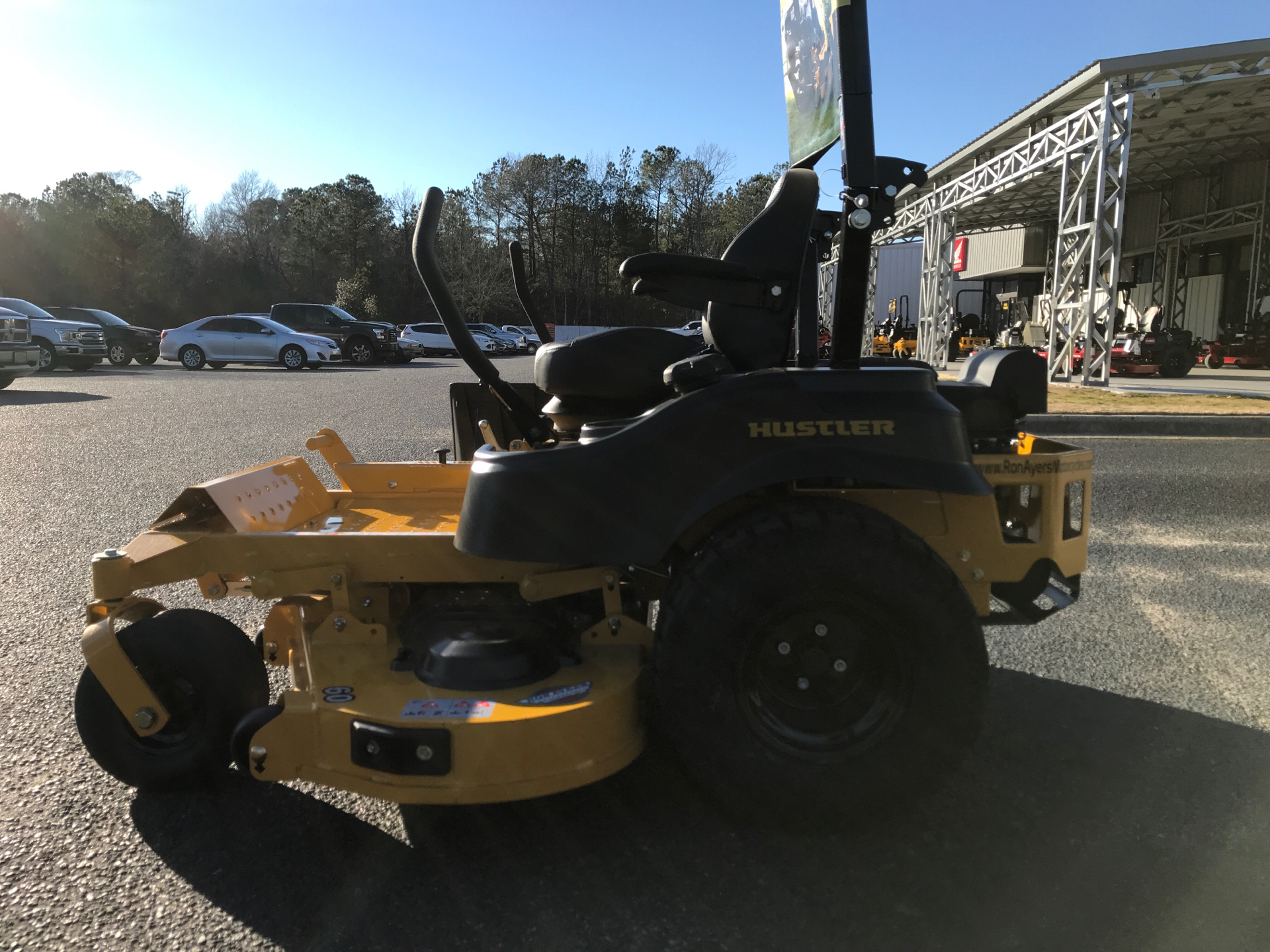 2021 Hustler Turf Equipment FasTrak 60 in. Kohler 7500 EFI 27 hp in Greenville, North Carolina - Photo 4