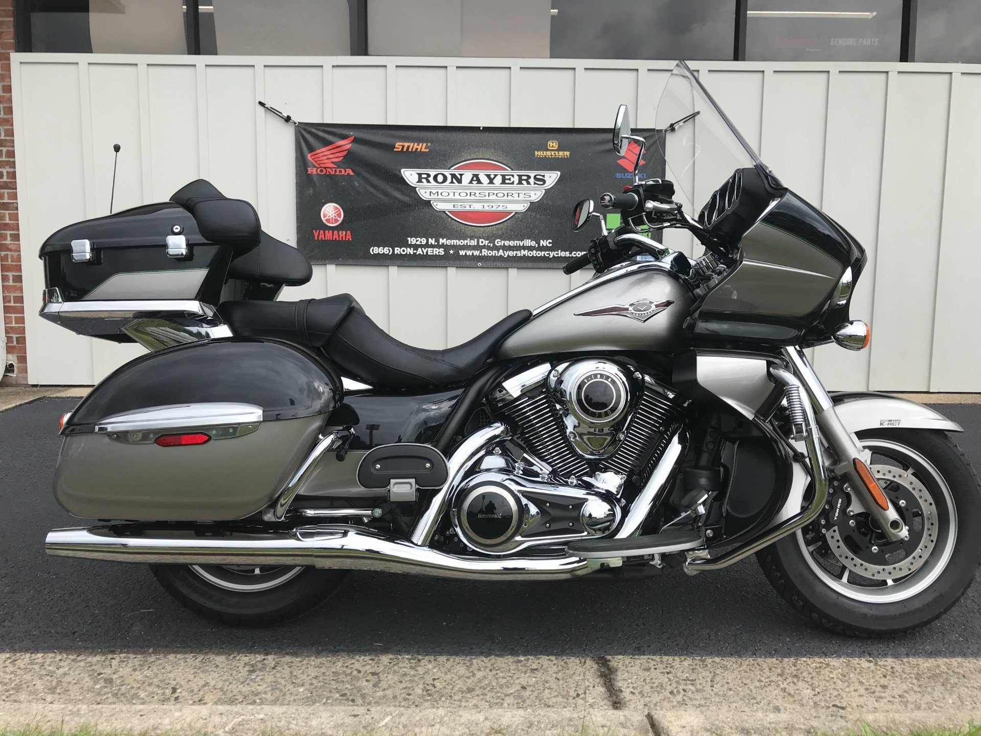 2016 Kawasaki Vulcan 1700 Voyager ABS in Greenville, North Carolina