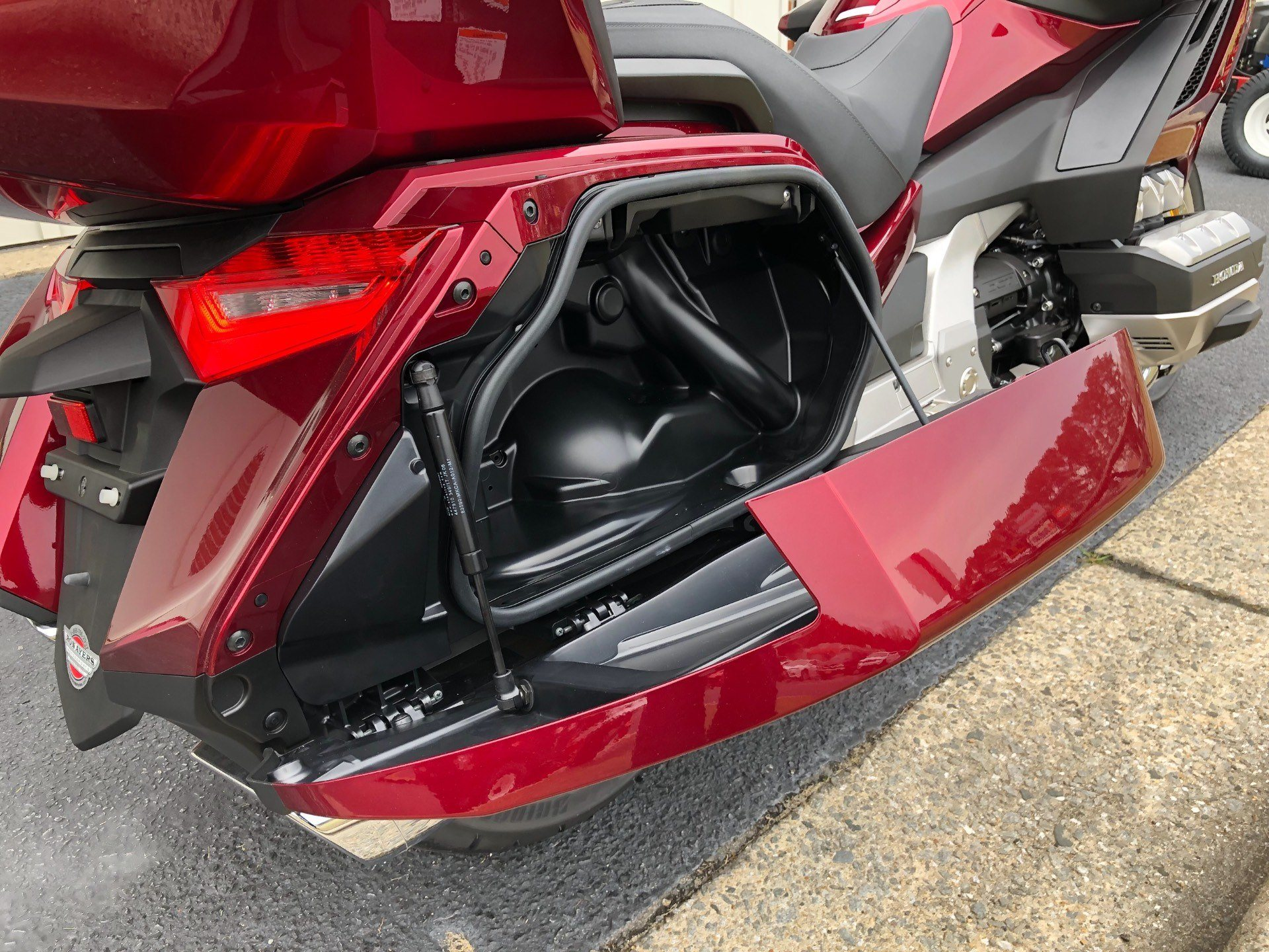 2018 Honda Gold Wing Tour Automatic DCT in Greenville, North Carolina - Photo 20