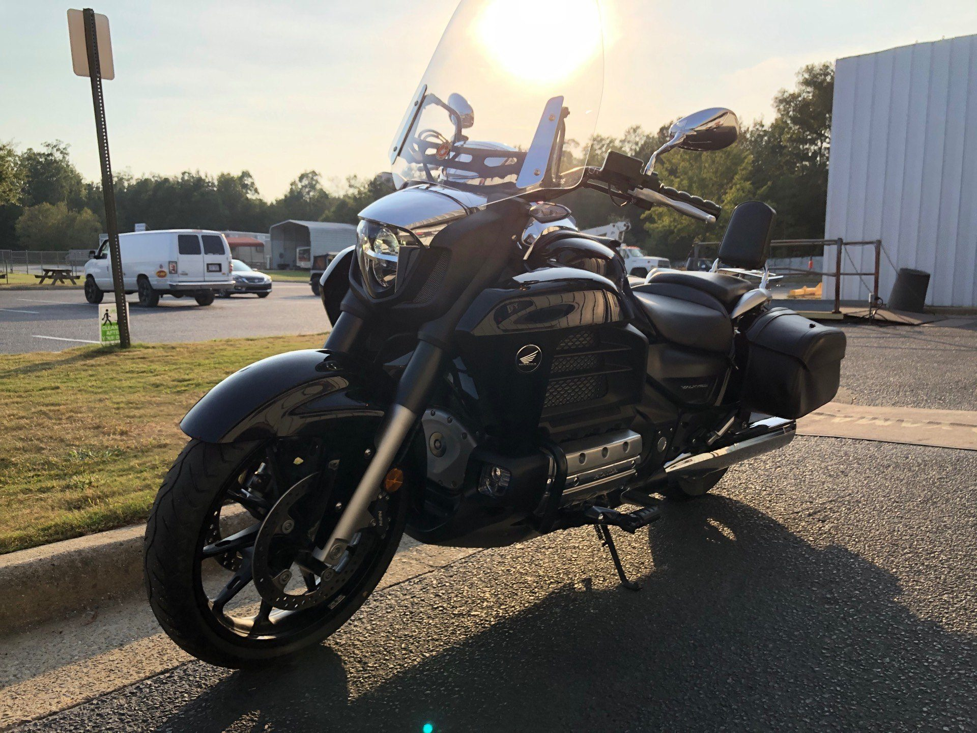 2014 Honda Gold Wing® Valkyrie® in Greenville, North Carolina - Photo 5