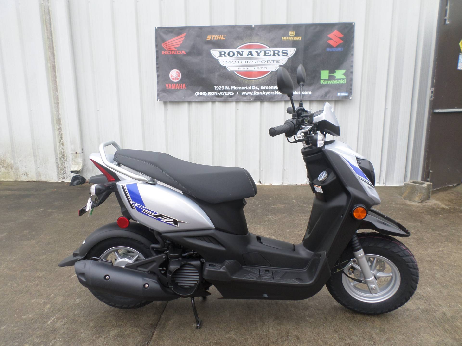 Scooters For Sale Greenville Nc >> New 2017 Yamaha Zuma 50fx Scooters In Greenville Nc Stock