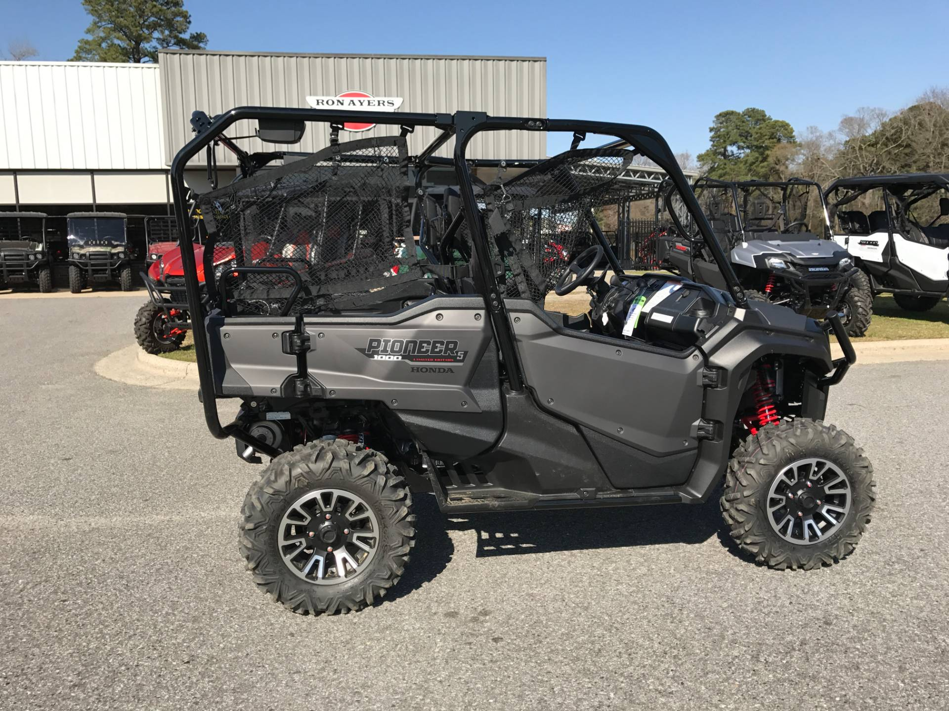 2017 Honda Pioneer 1000-5 LE in Greenville, North Carolina