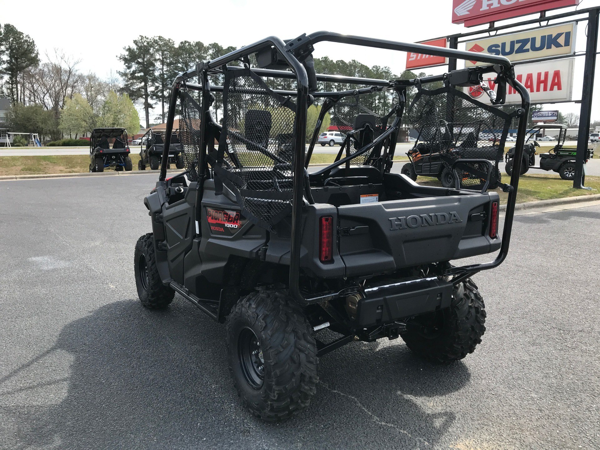 2020 Honda Pioneer 1000-5 in Greenville, North Carolina - Photo 8