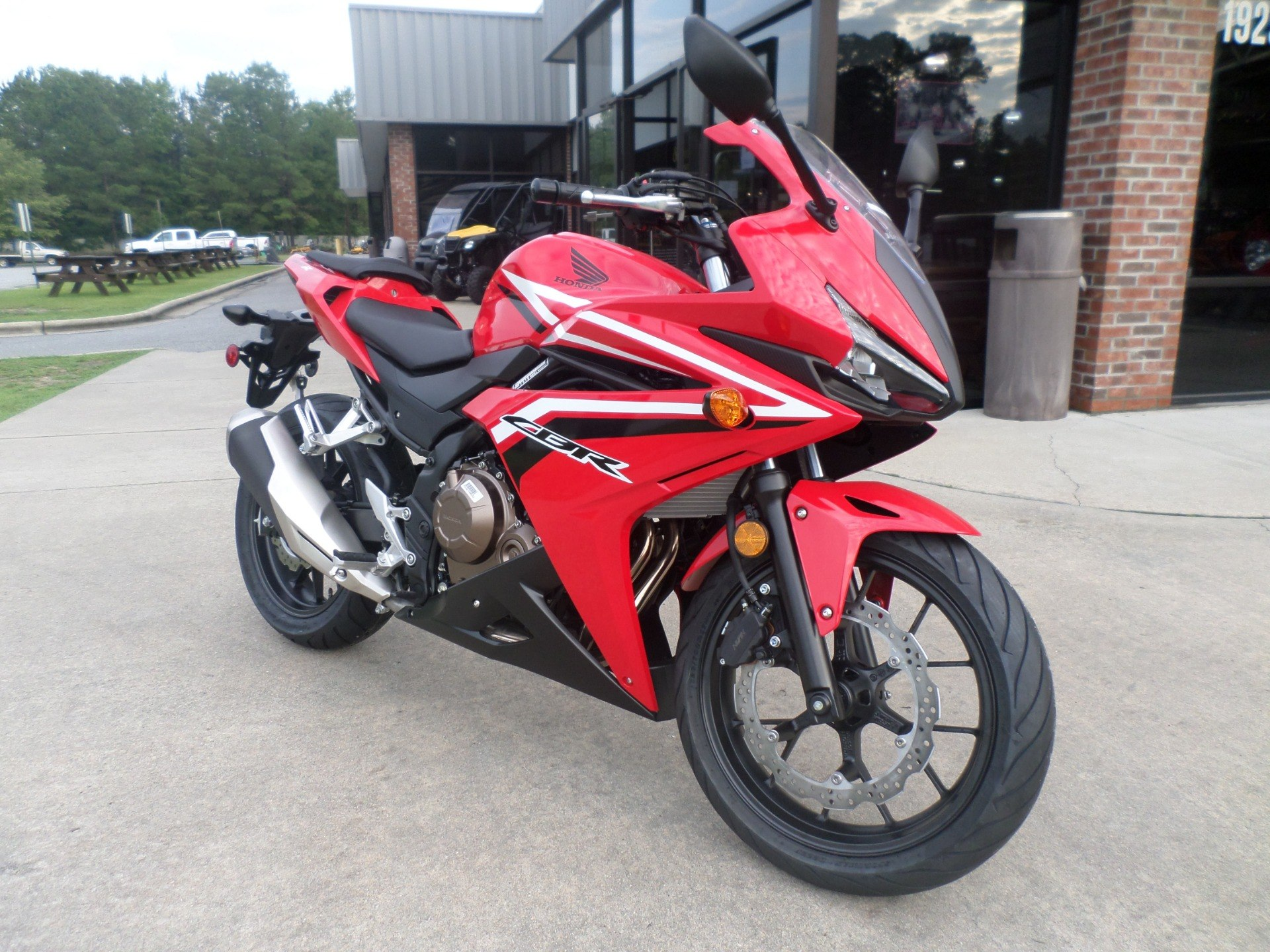 2016 Honda CBR500R in Greenville, North Carolina