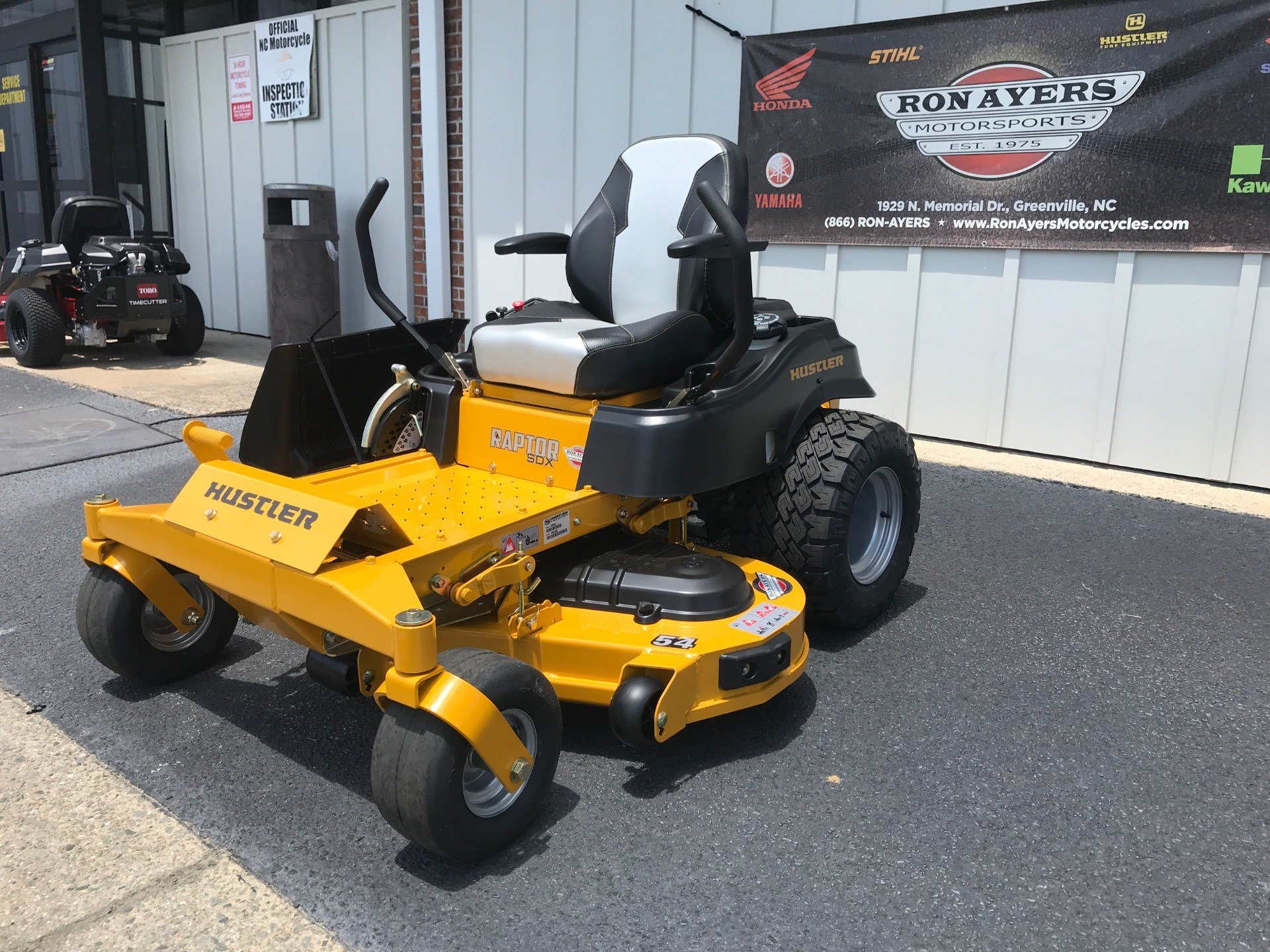 2020 Hustler Turf Equipment Raptor SDX 54 in. Kawasaki 23 hp in Greenville, North Carolina - Photo 2