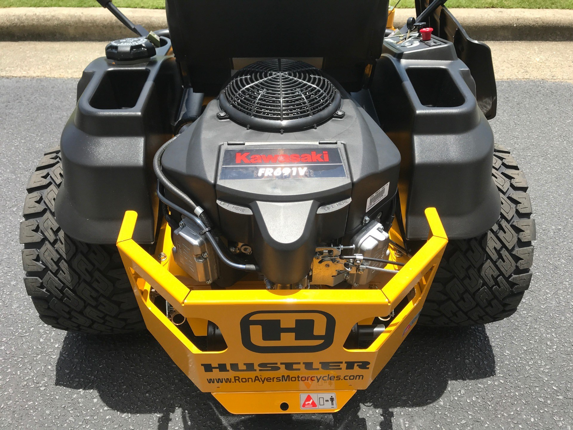 2020 Hustler Turf Equipment Raptor SDX 54 in. Kawasaki 23 hp in Greenville, North Carolina - Photo 4