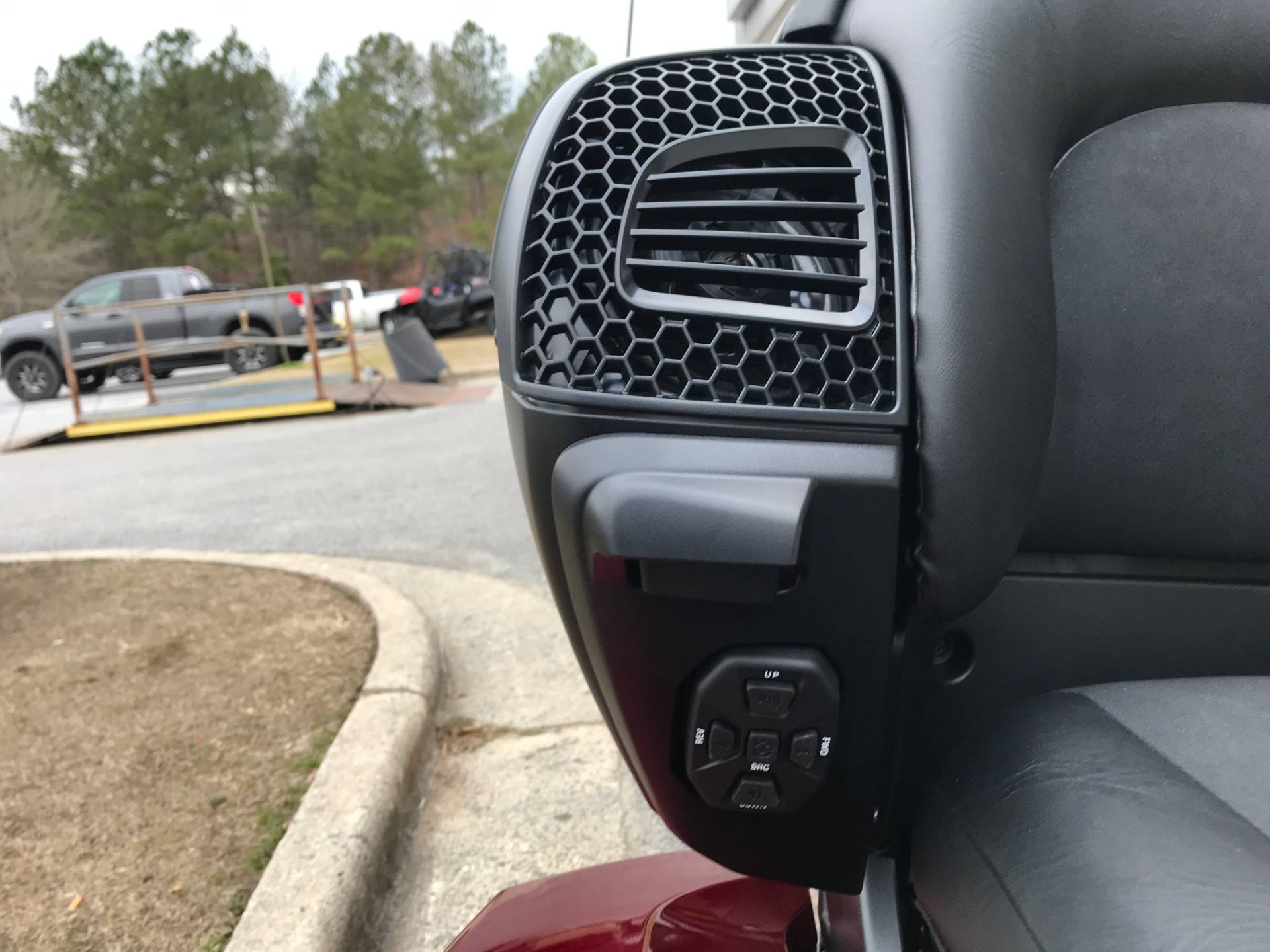 2018 Yamaha Star Venture with Transcontinental Option Package in Greenville, North Carolina - Photo 21