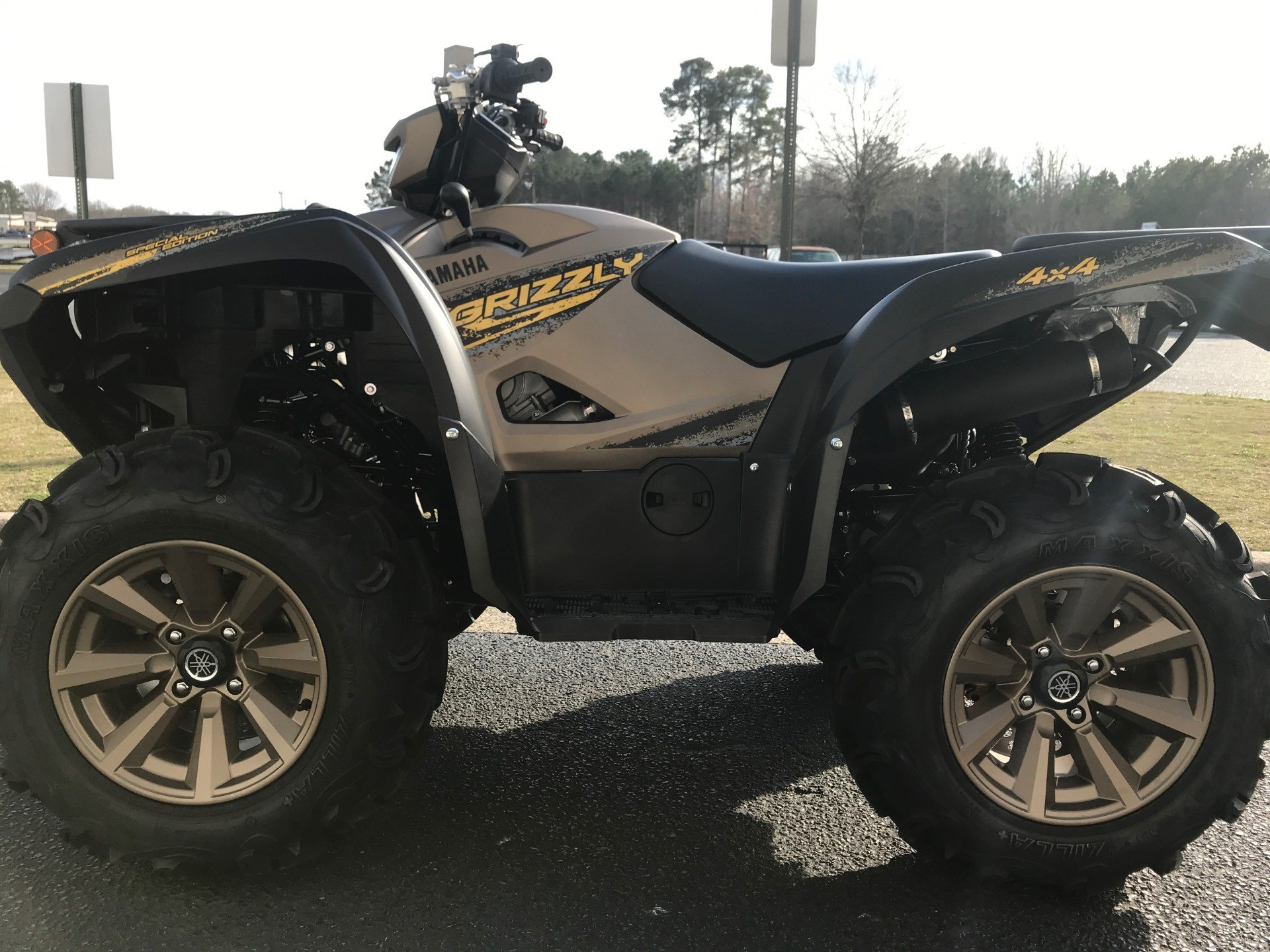 2020 Yamaha Grizzly EPS XT-R in Greenville, North Carolina - Photo 6