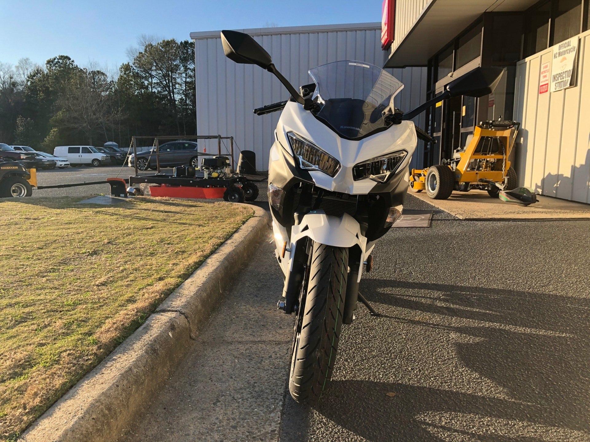 2020 Kawasaki Ninja 400 ABS 4