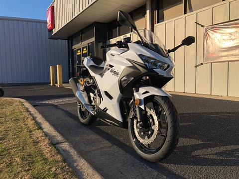 2020 Kawasaki Ninja 400 in Greenville, North Carolina - Photo 3
