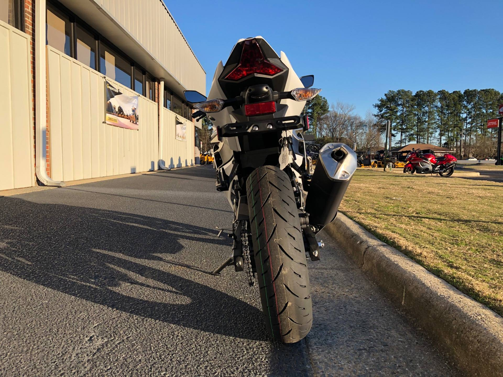 2020 Kawasaki Ninja 400 in Greenville, North Carolina - Photo 9