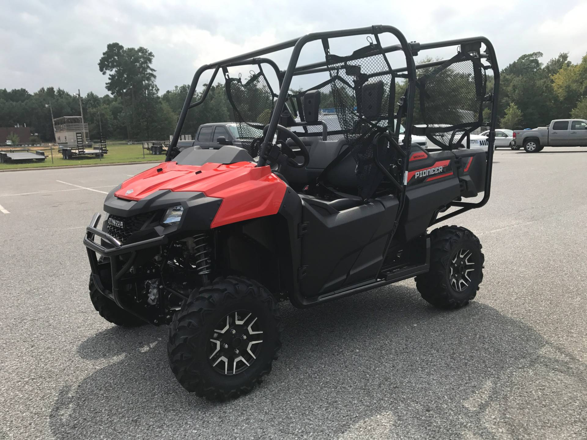 2018 Honda Pioneer 700-4 Deluxe in Greenville, North Carolina - Photo 6