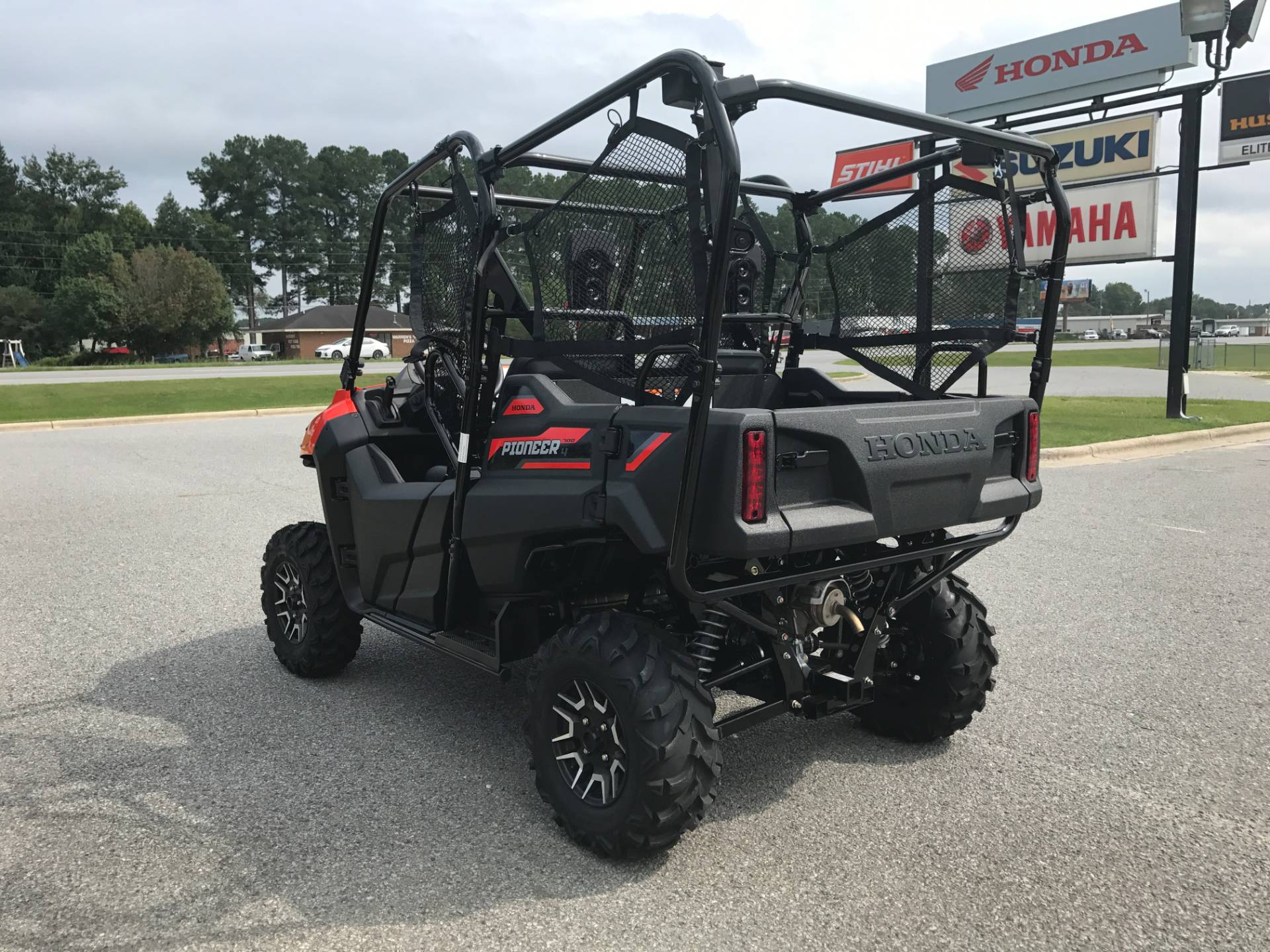 2018 Honda Pioneer 700-4 Deluxe in Greenville, North Carolina - Photo 9