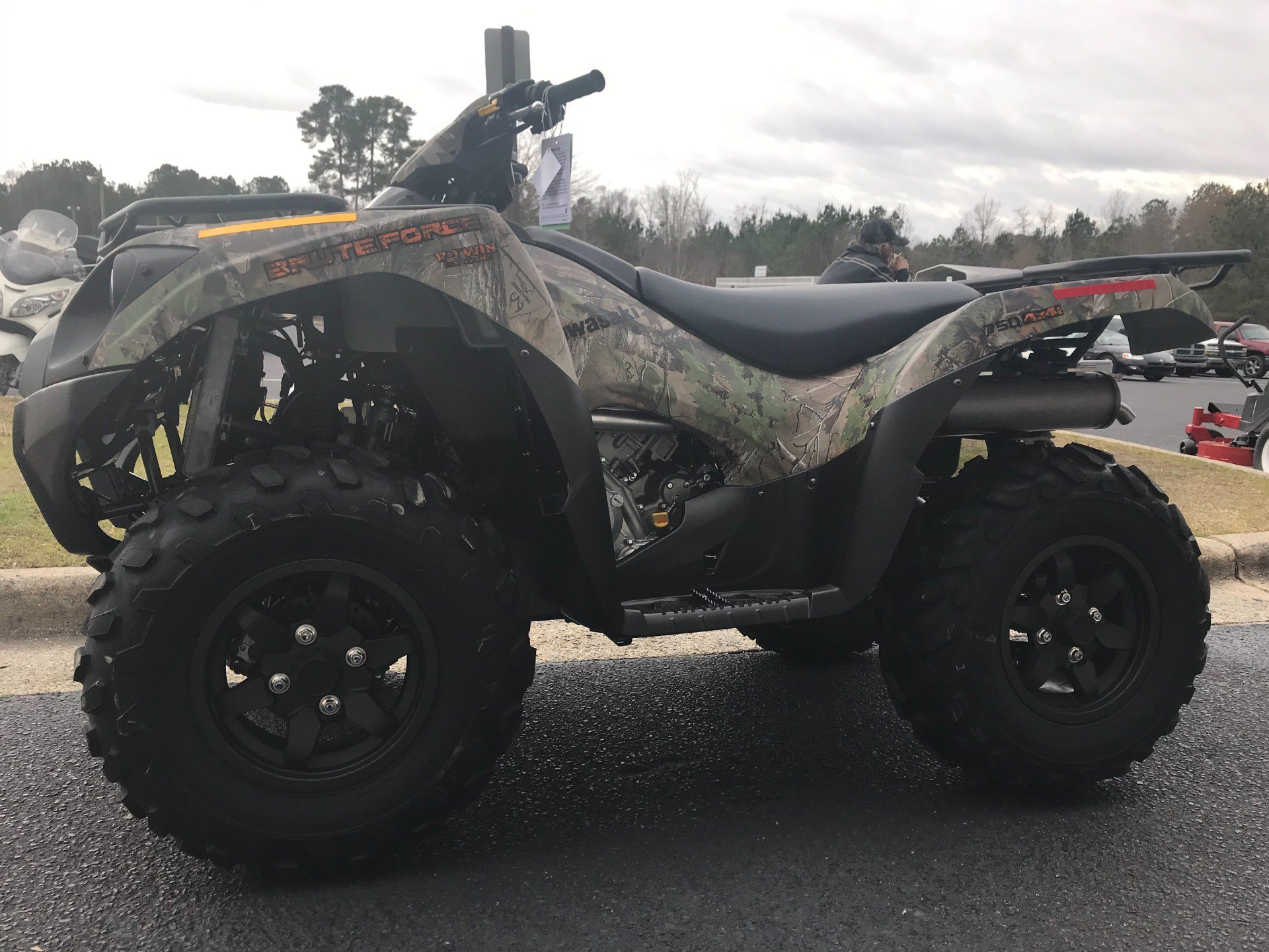 2019 Kawasaki Brute Force 750 4x4i EPS Camo in Greenville, North Carolina - Photo 6