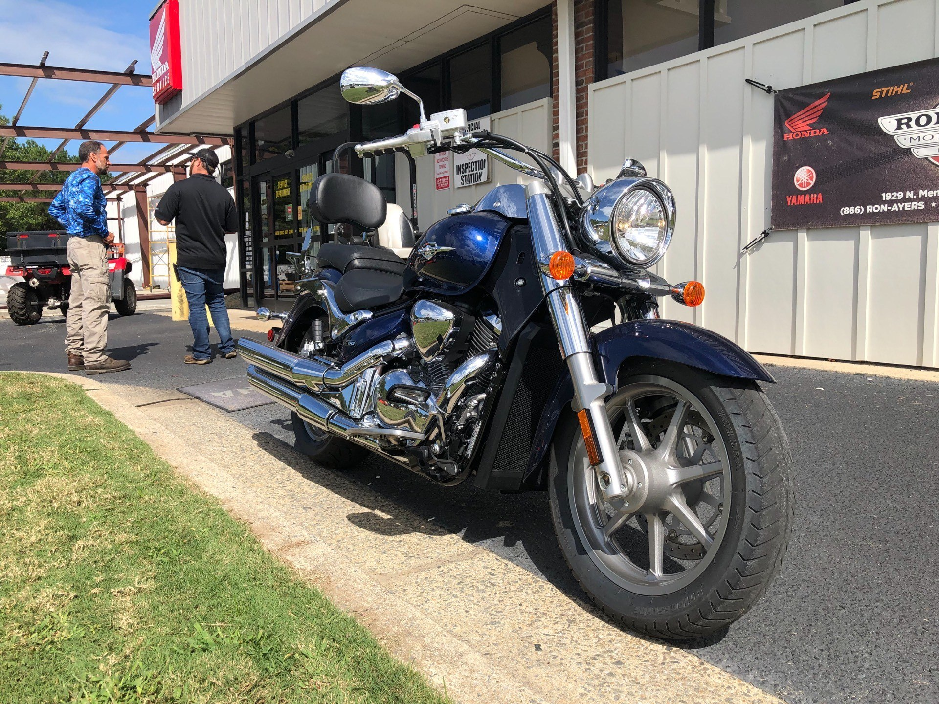 2013 Suzuki Boulevard C90 in Greenville, North Carolina - Photo 3