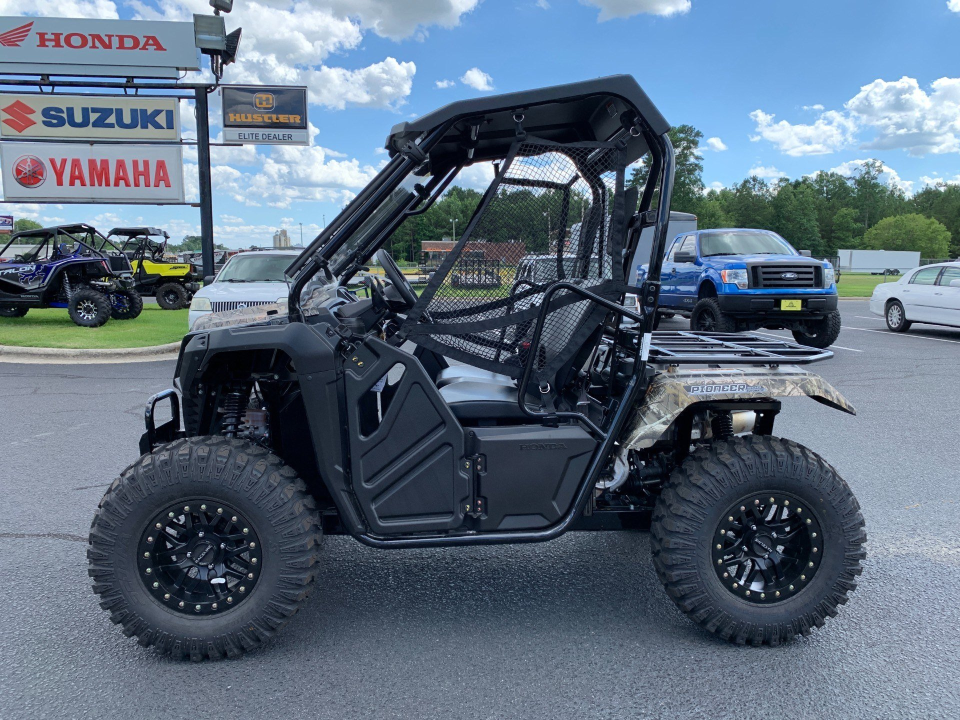 2019 Honda Pioneer 500 in Greenville, North Carolina - Photo 7