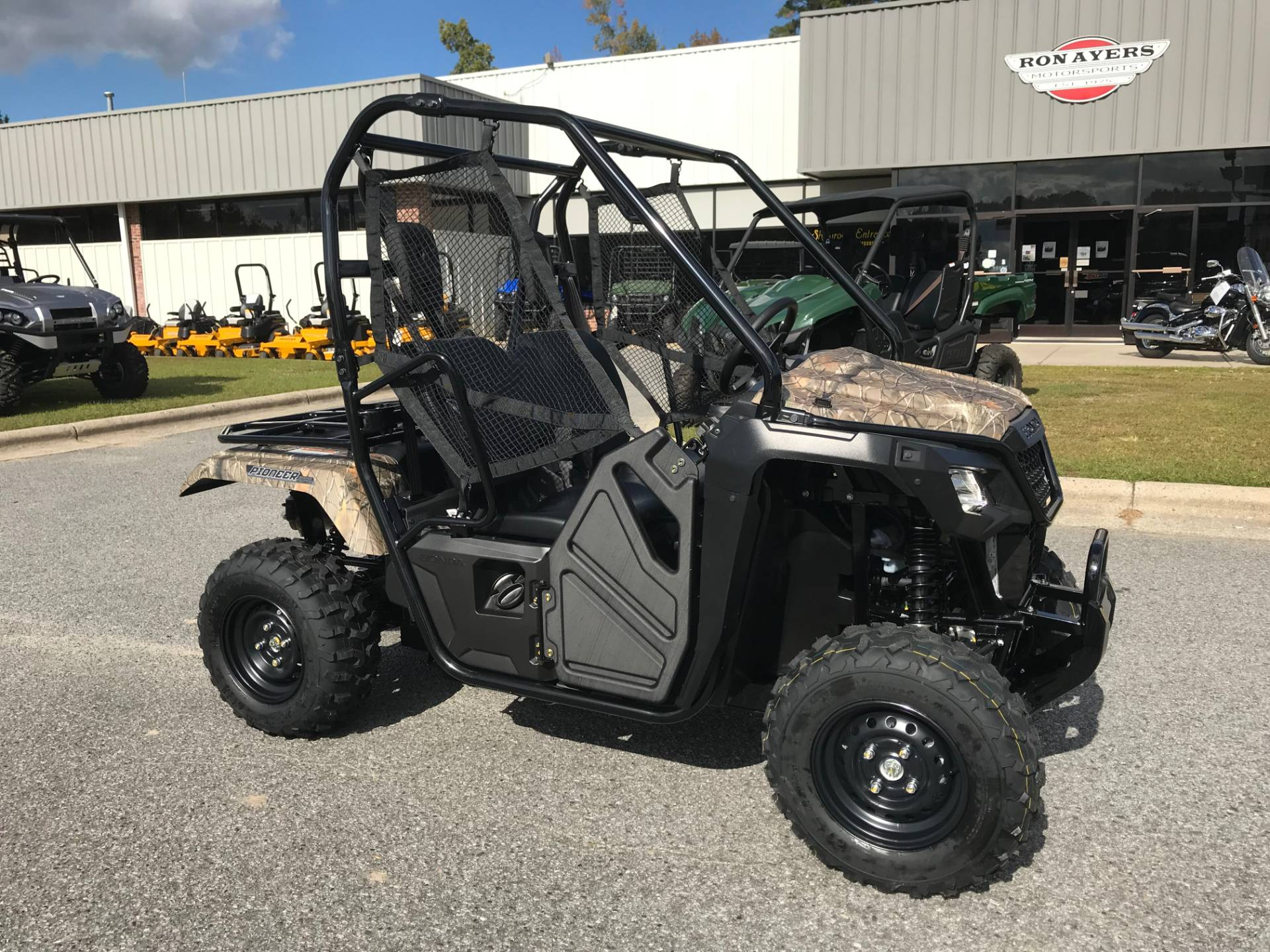 2019 Honda Pioneer 500 in Greenville, North Carolina - Photo 2