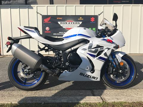 2018 Suzuki GSX-R1000R in Greenville, North Carolina