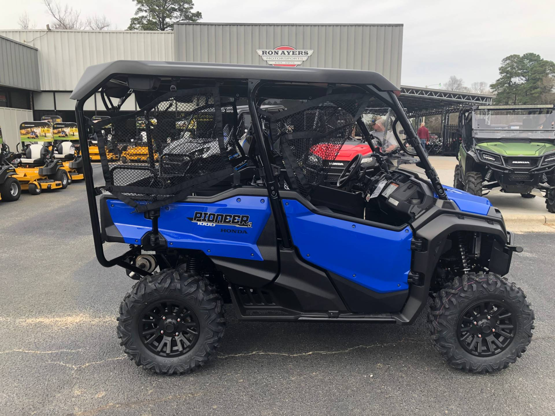 2020 Honda Pioneer 1000-5 Deluxe in Greenville, North Carolina - Photo 1