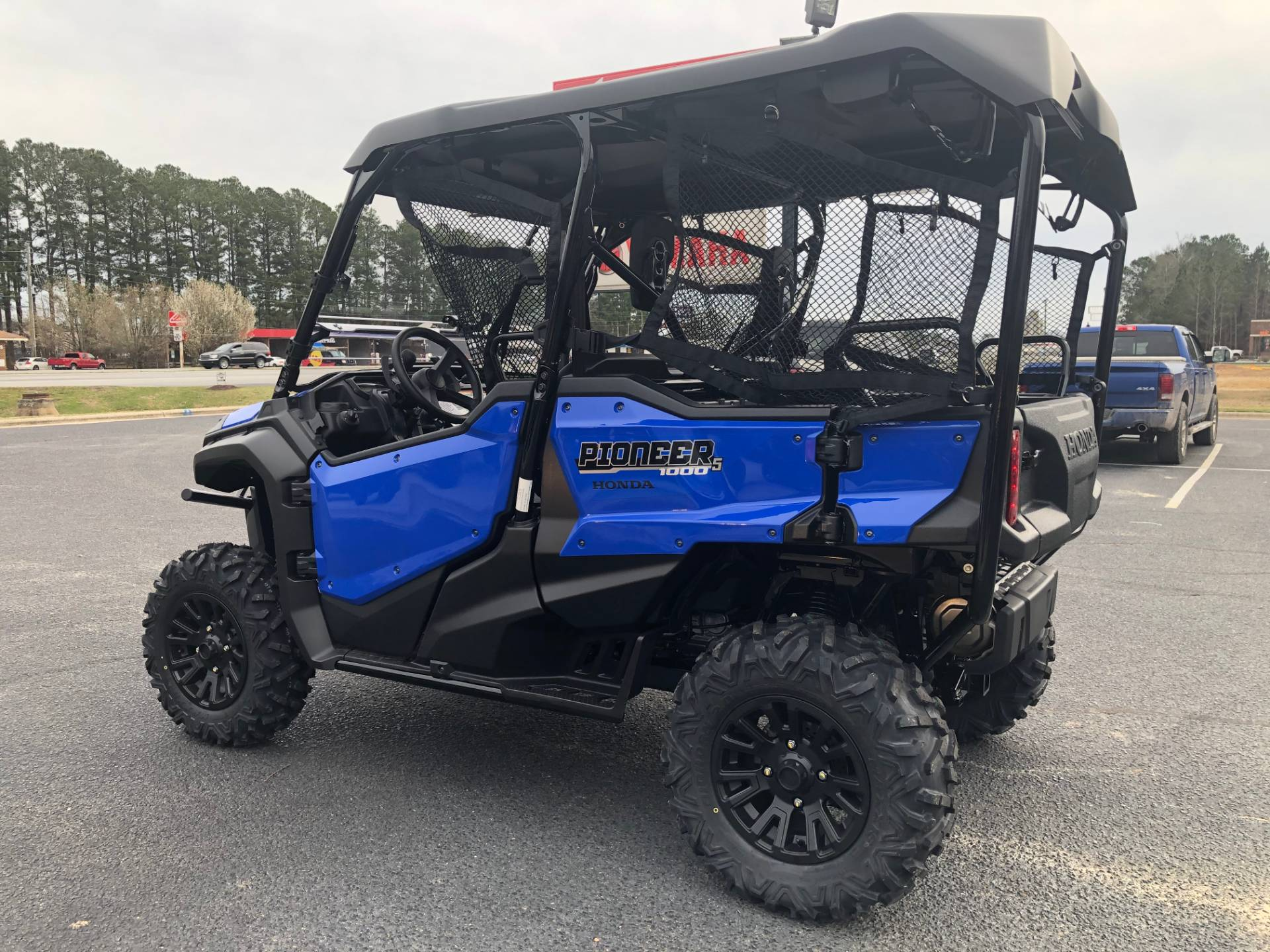 2020 Honda Pioneer 1000-5 Deluxe in Greenville, North Carolina - Photo 8