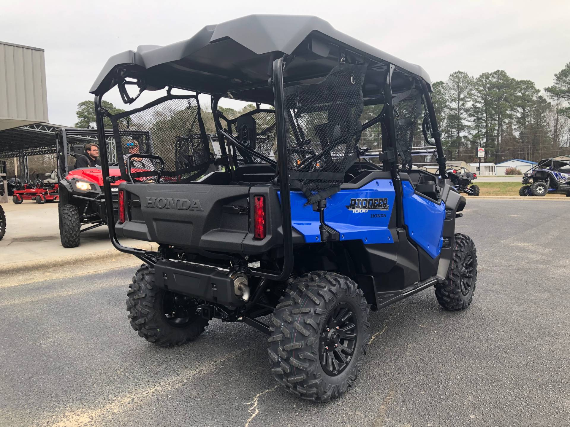 2020 Honda Pioneer 1000-5 Deluxe in Greenville, North Carolina - Photo 11