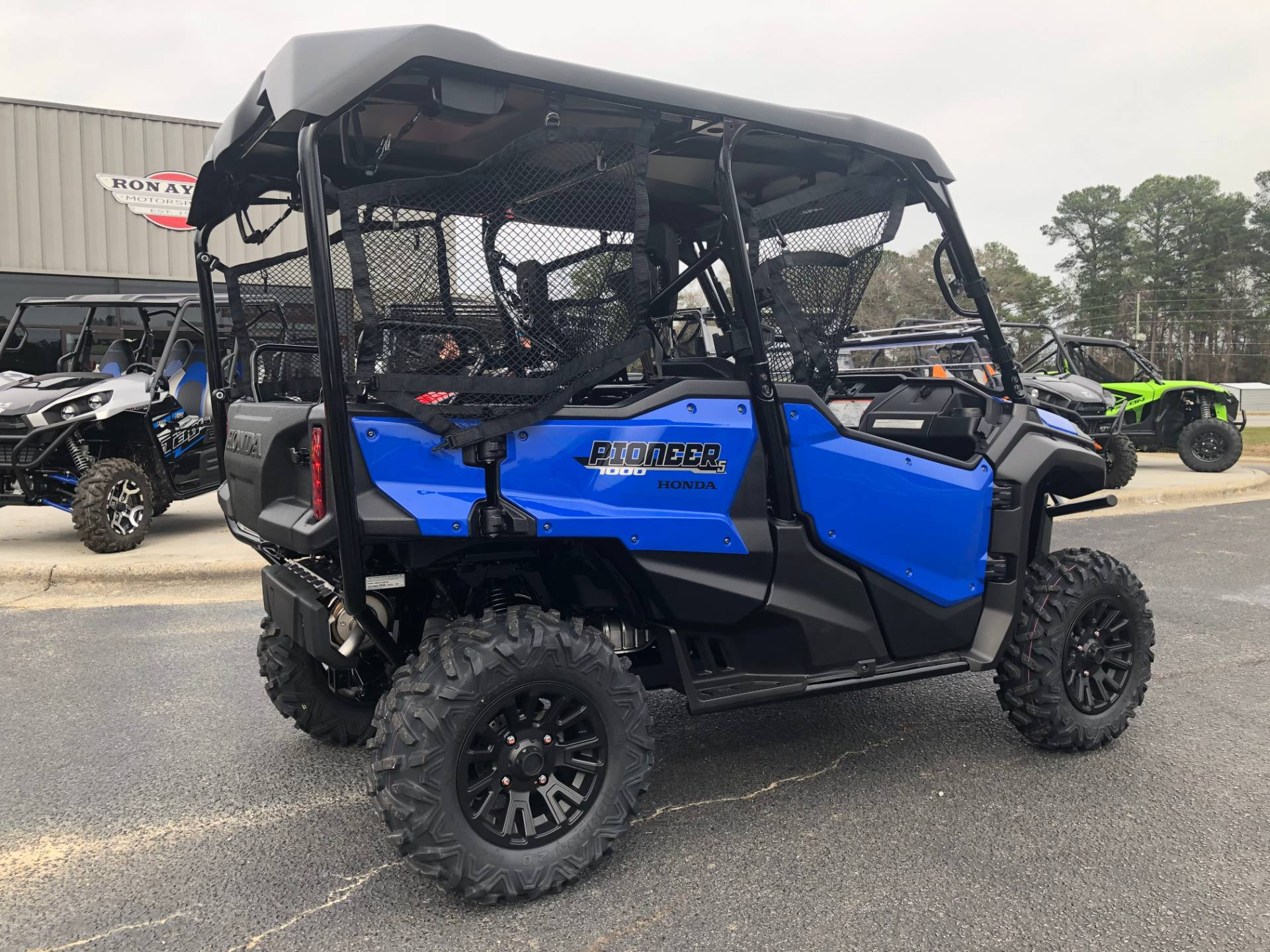 2020 Honda Pioneer 1000-5 Deluxe in Greenville, North Carolina - Photo 12