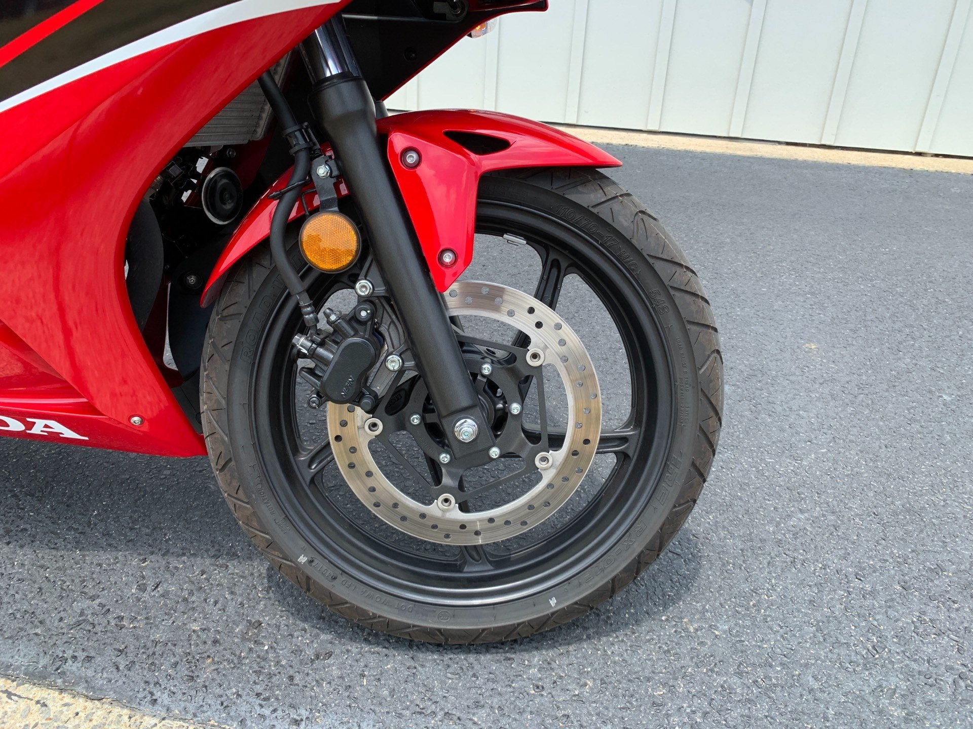 2018 Honda CBR300R in Greenville, North Carolina - Photo 11