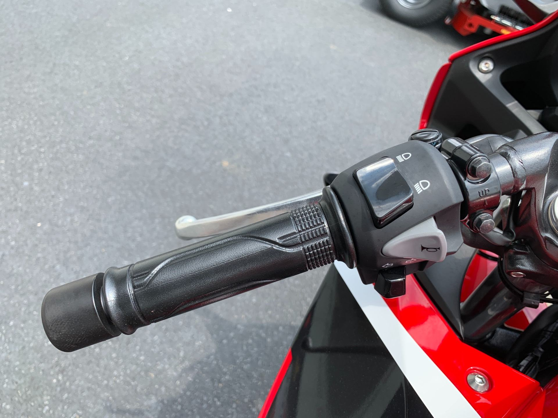 2018 Honda CBR300R in Greenville, North Carolina - Photo 14