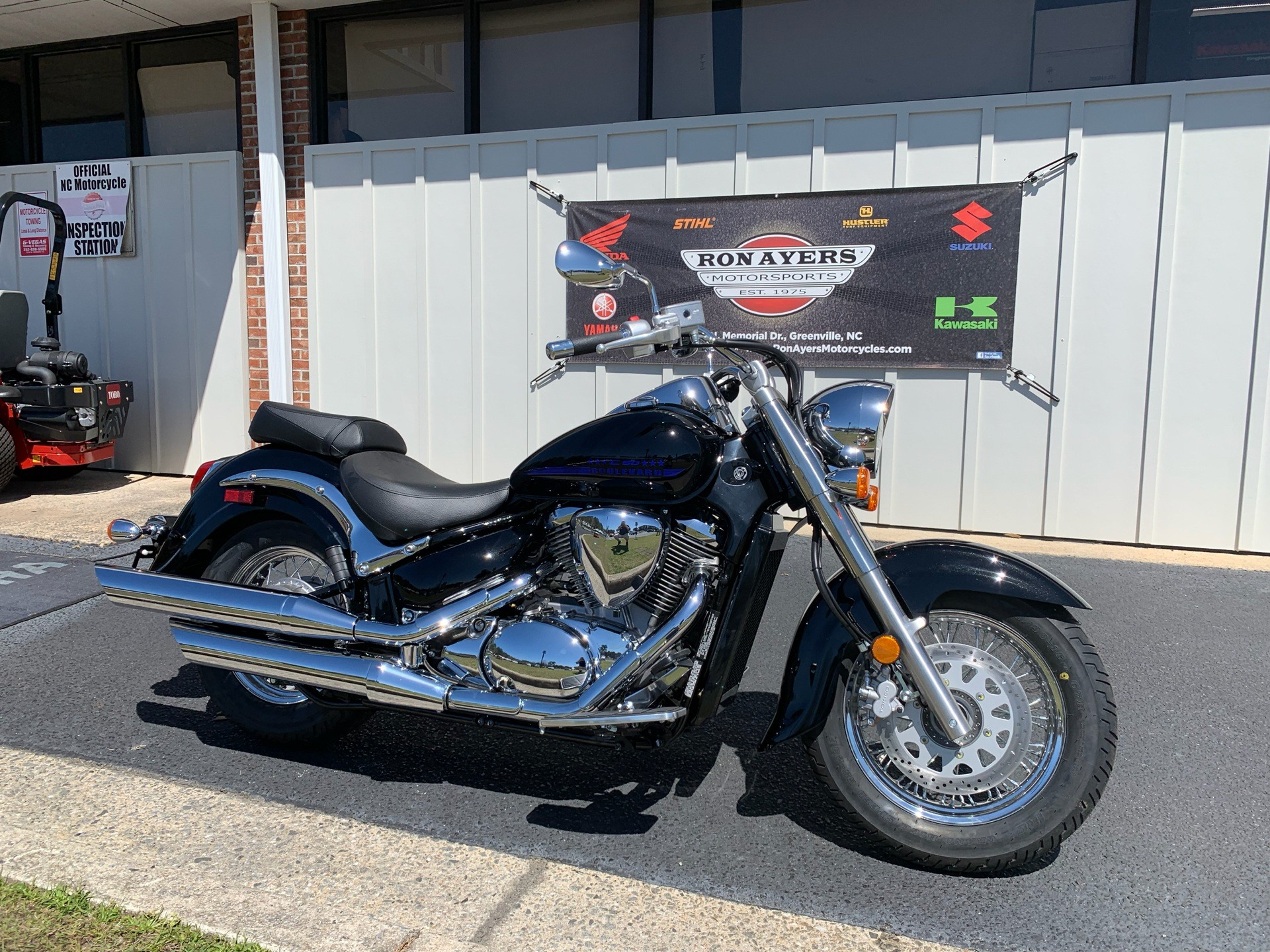 2019 Suzuki Boulevard C50 in Greenville, North Carolina - Photo 2