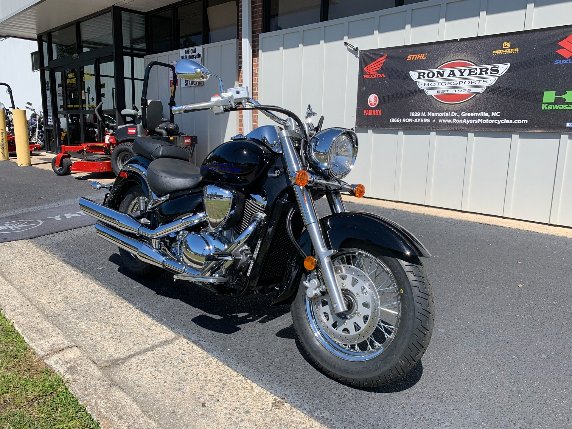 2019 Suzuki Boulevard C50 in Greenville, North Carolina - Photo 3