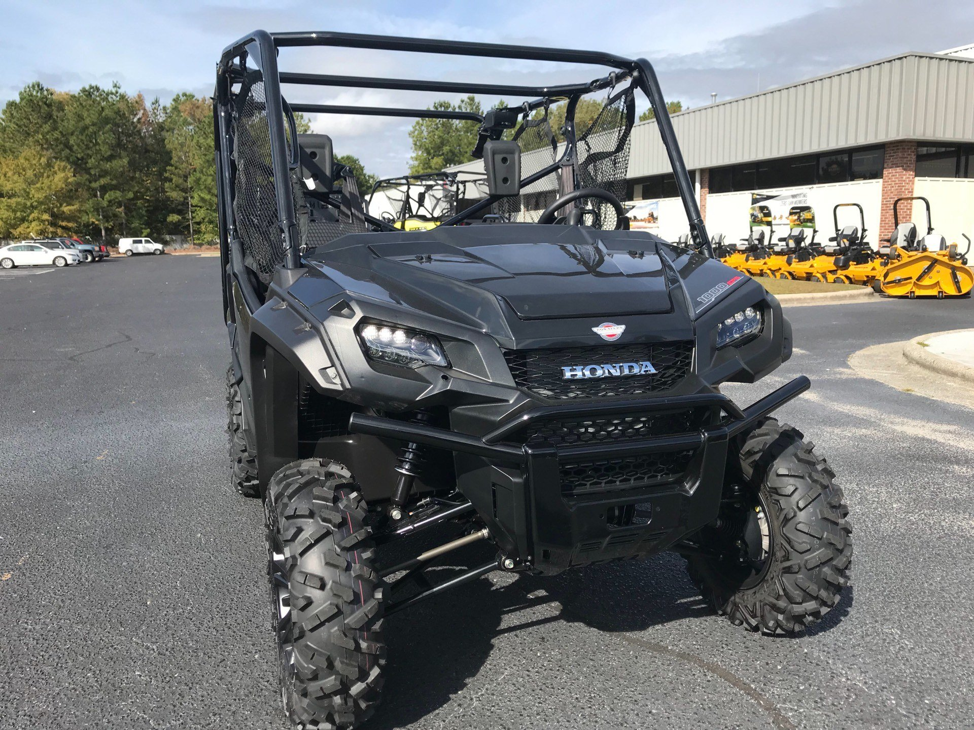 2019 Honda Pioneer 1000-5 Deluxe in Greenville, North Carolina - Photo 4