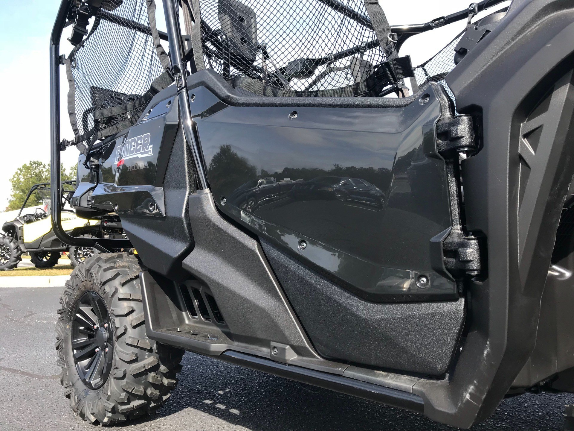 2019 Honda Pioneer 1000-5 Deluxe in Greenville, North Carolina - Photo 16