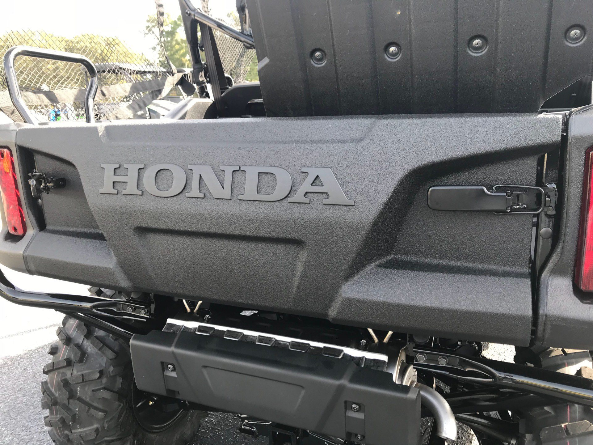 2019 Honda Pioneer 1000-5 Deluxe in Greenville, North Carolina - Photo 19
