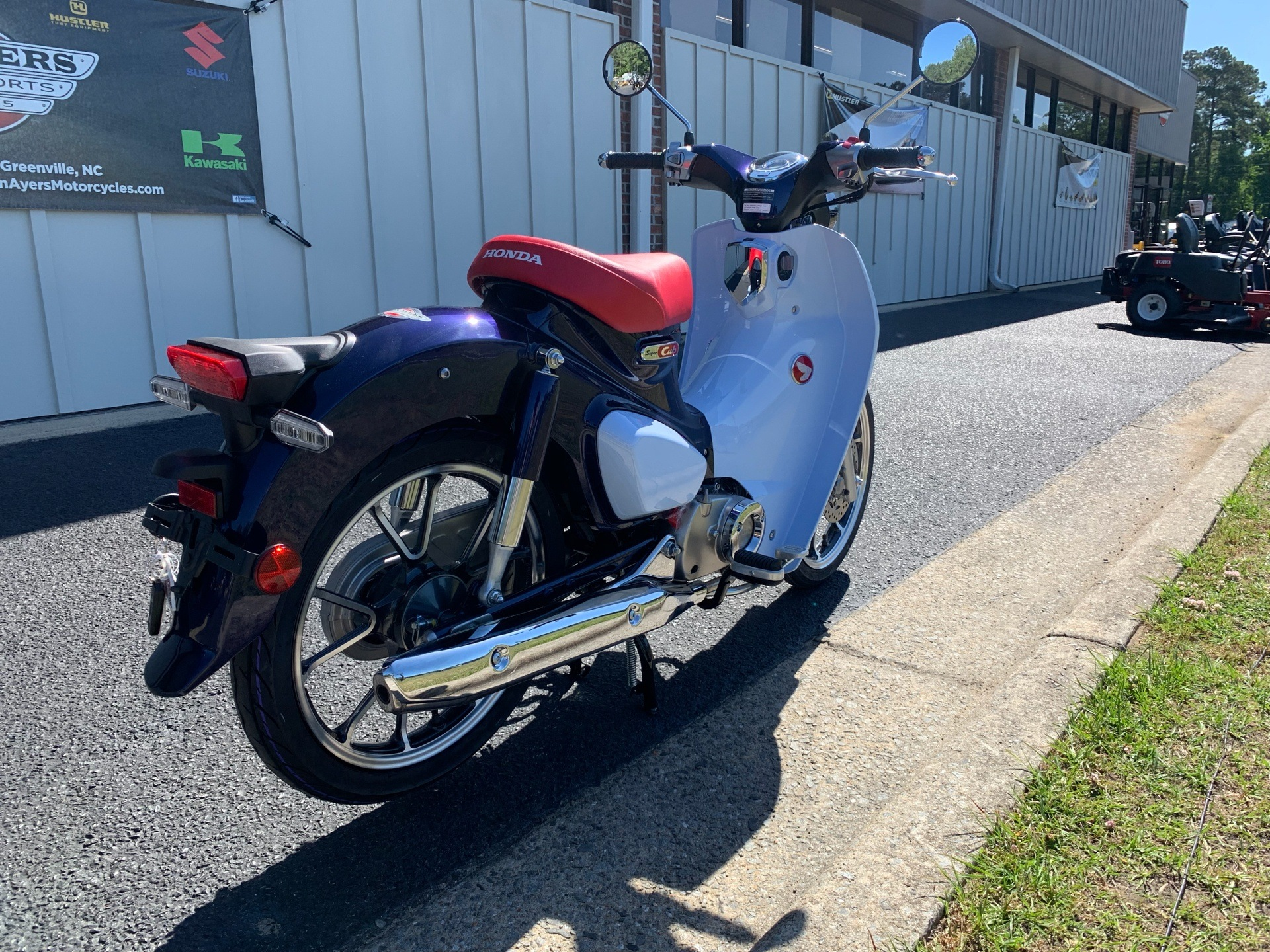2019 Honda Super Cub C125 ABS in Greenville, North Carolina - Photo 10