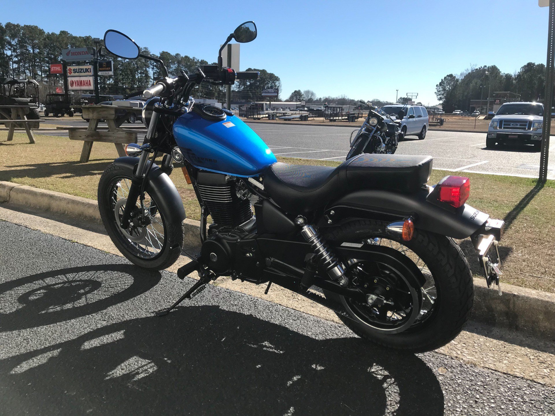 2019 Suzuki Boulevard S40 in Greenville, North Carolina - Photo 8