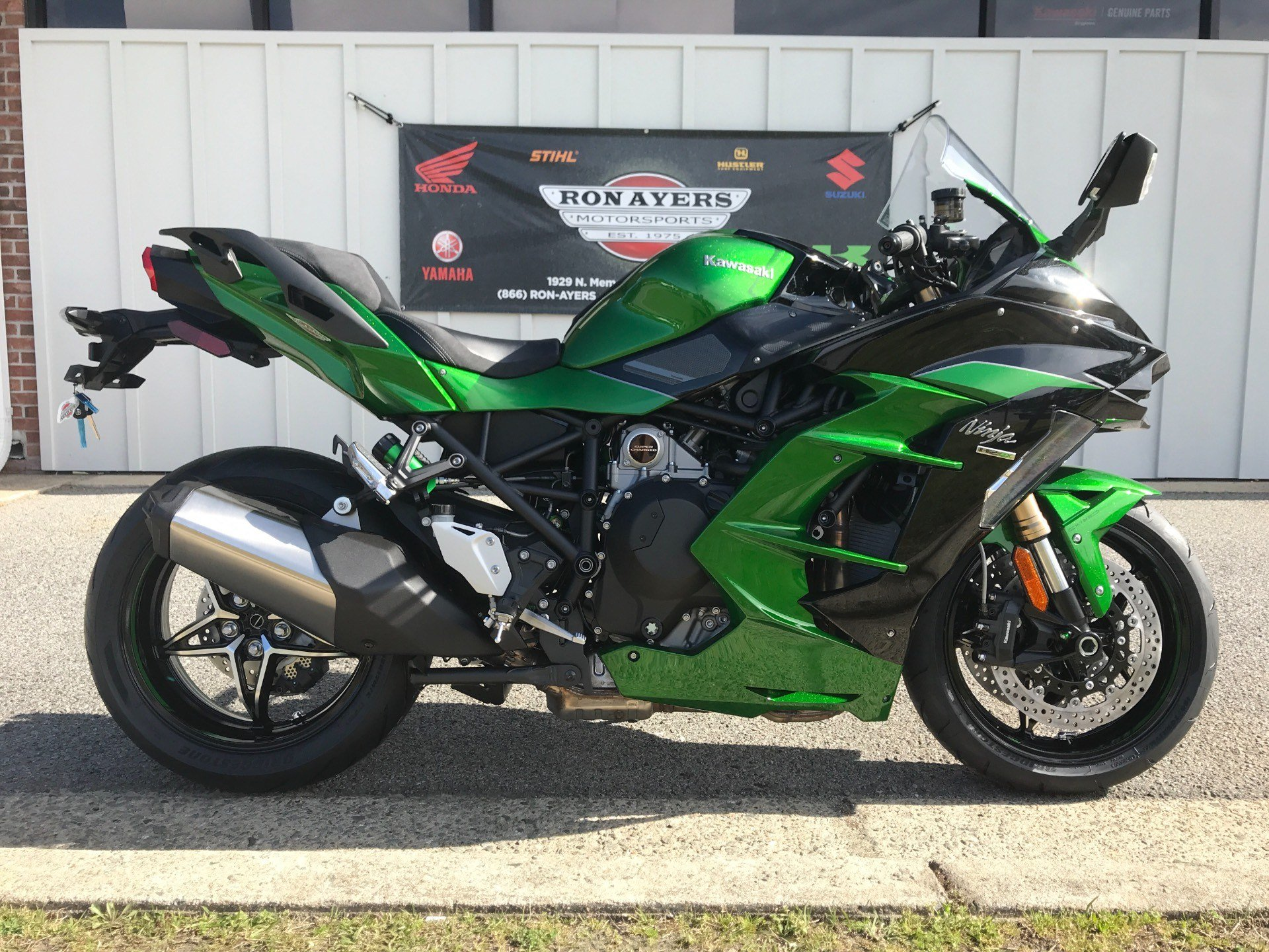 New 2018 Kawasaki Ninja H2 Sx Se Motorcycles In Greenville Nc